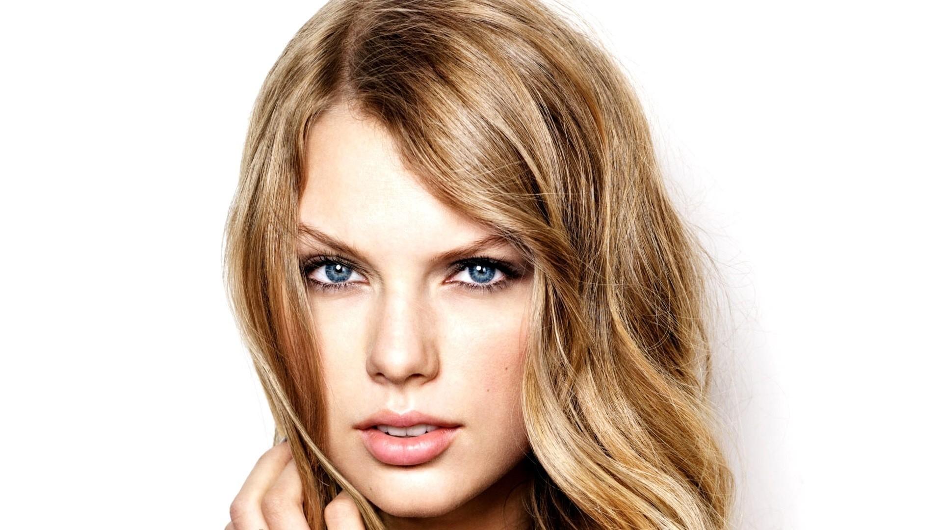 Makeup for Blonde Hair, Fair Skin, and Brown Eyes | Bellatory