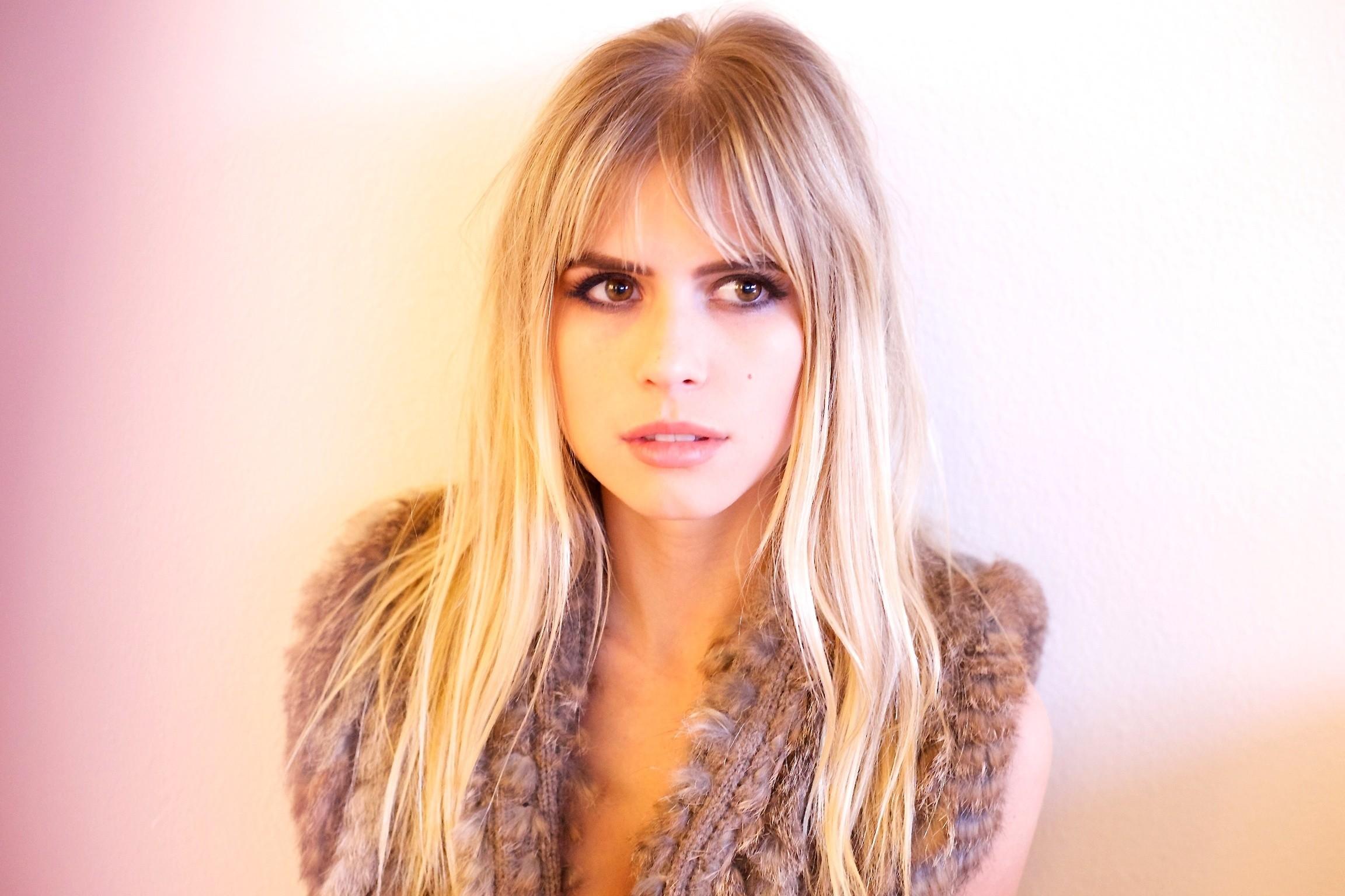Wallpaper Face Women Model Blonde Looking Away Long