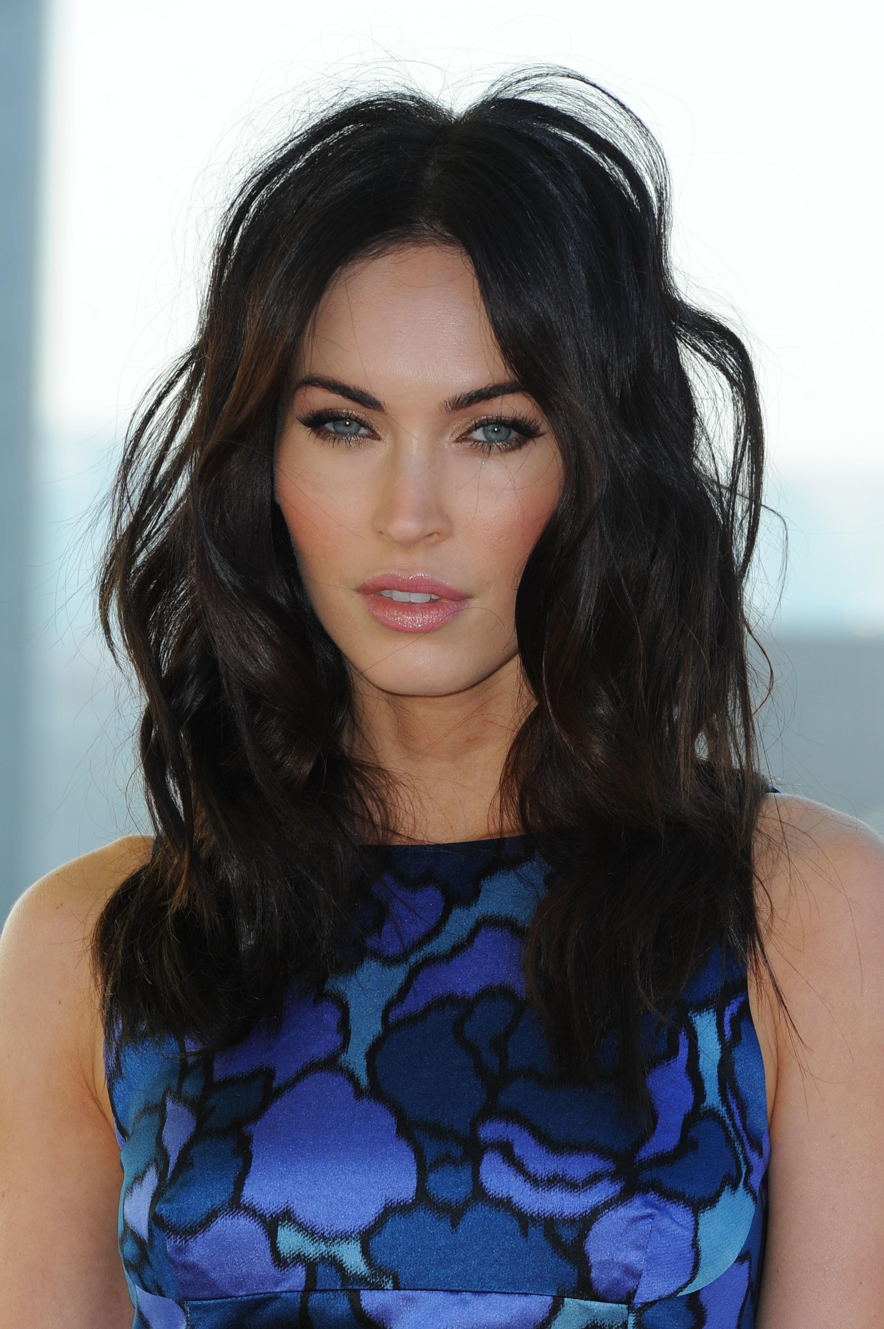 Hintergrundbilder Gesicht Modell lange Haare Berühmtheit