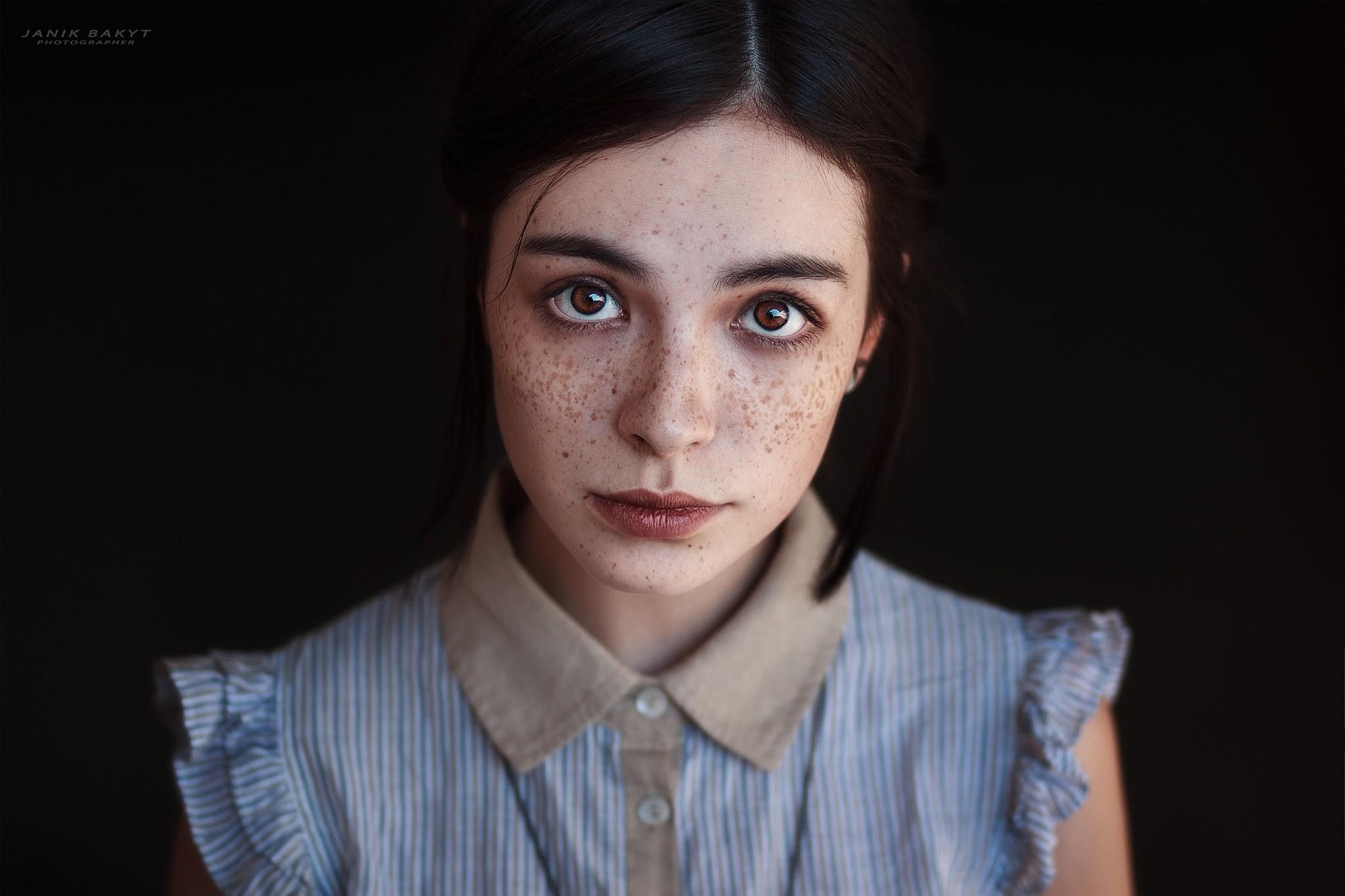 Wallpaper Face Women Model Brunette Singer Blue: Hintergrundbilder : Gesicht, Frau, Modell-, Porträt