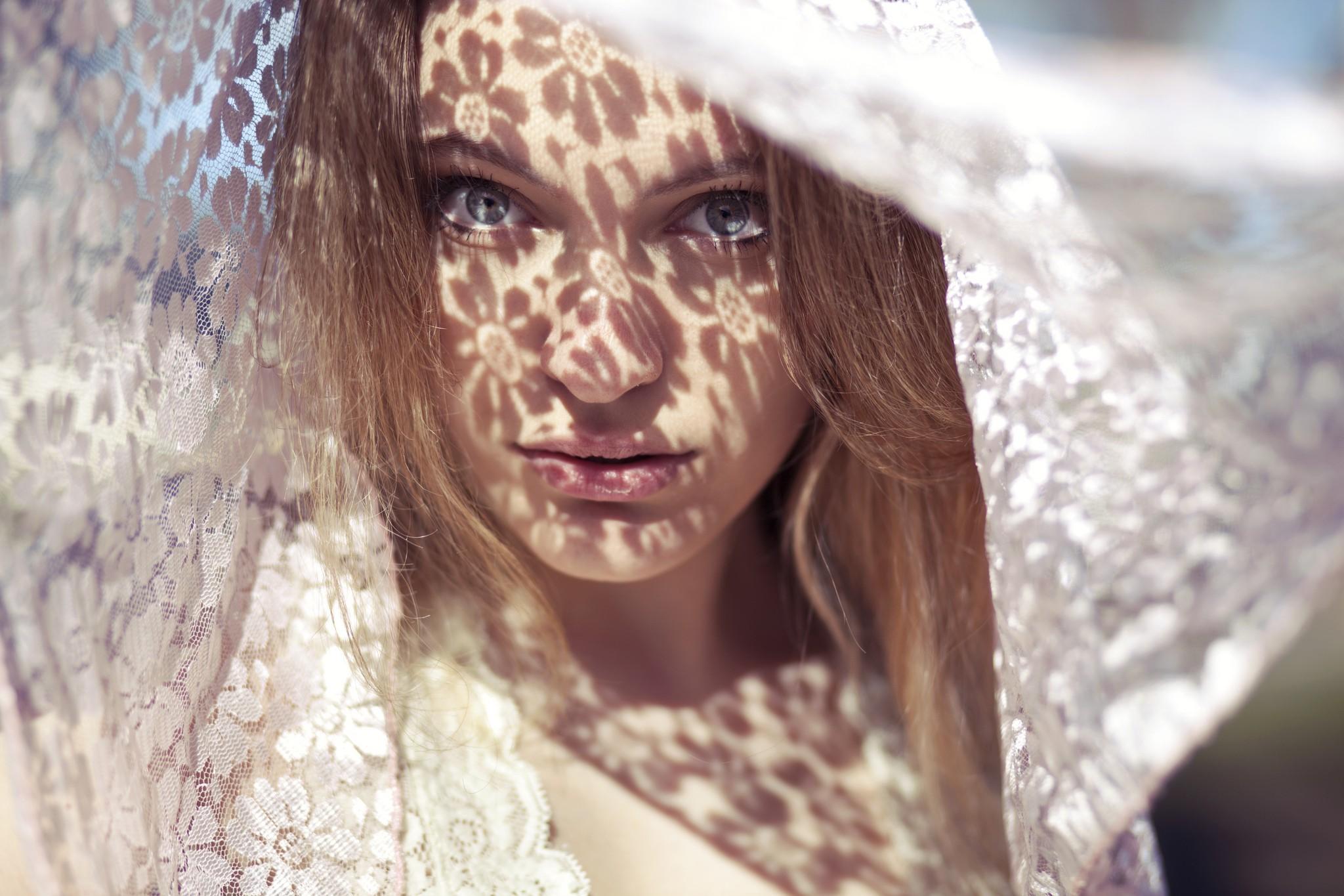 Wallpaper : face, model, flowers, brunette, green eyes