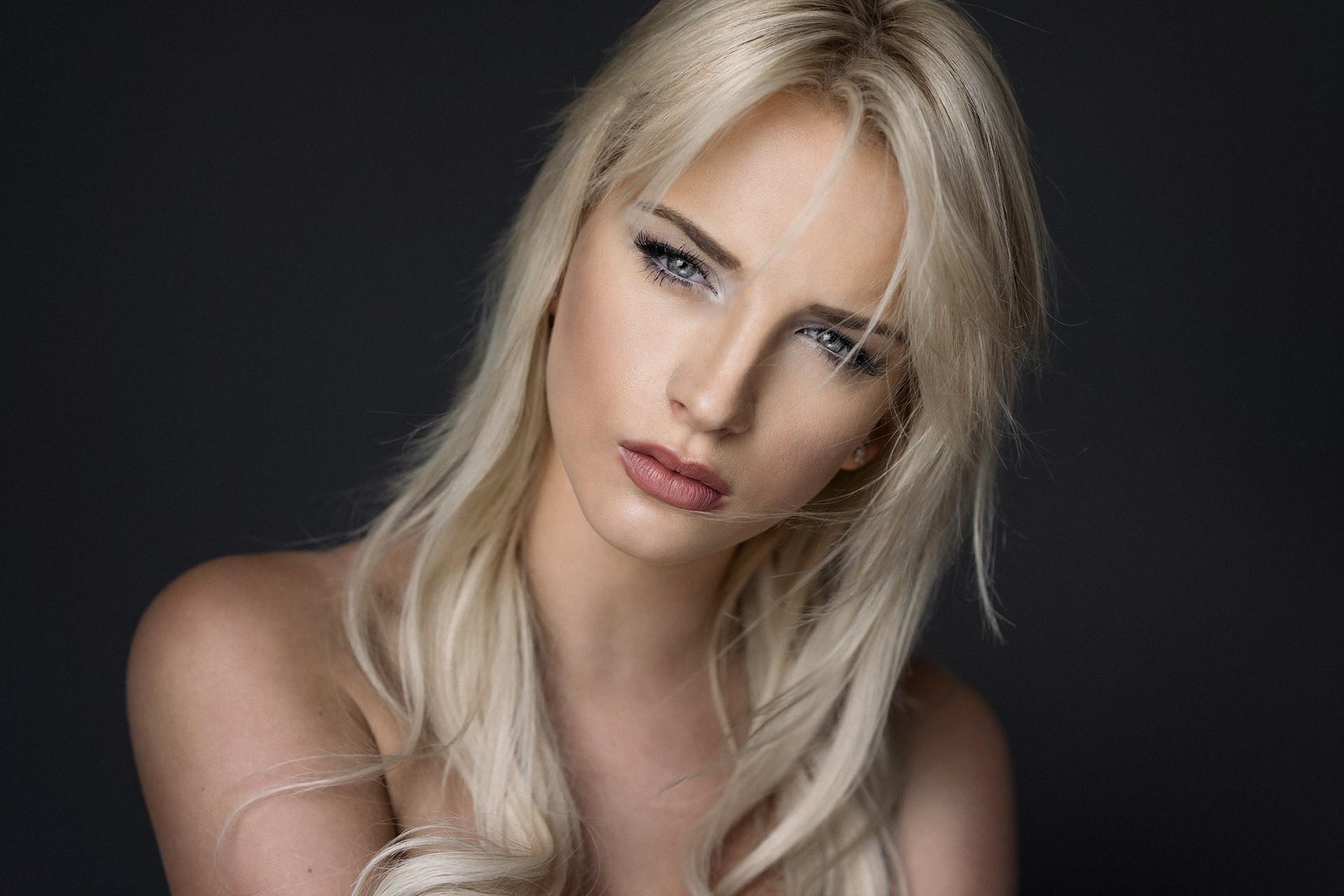 Wallpaper Face Women Blonde Simple Background Long Hair Blue