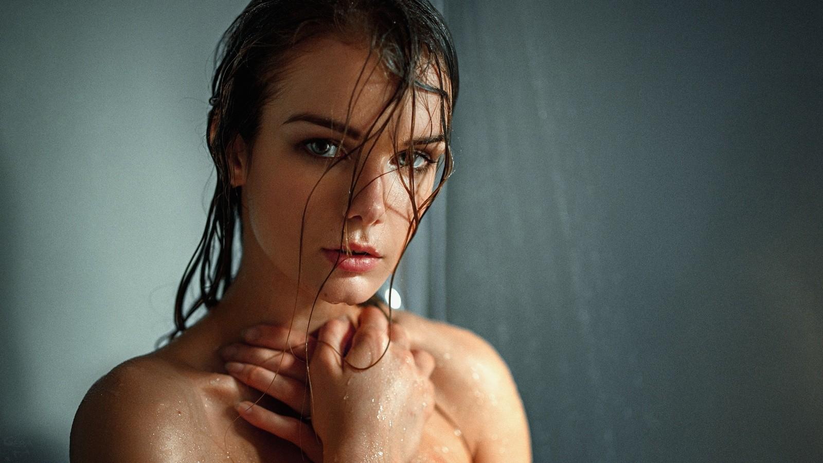 golie-telki-mokrie