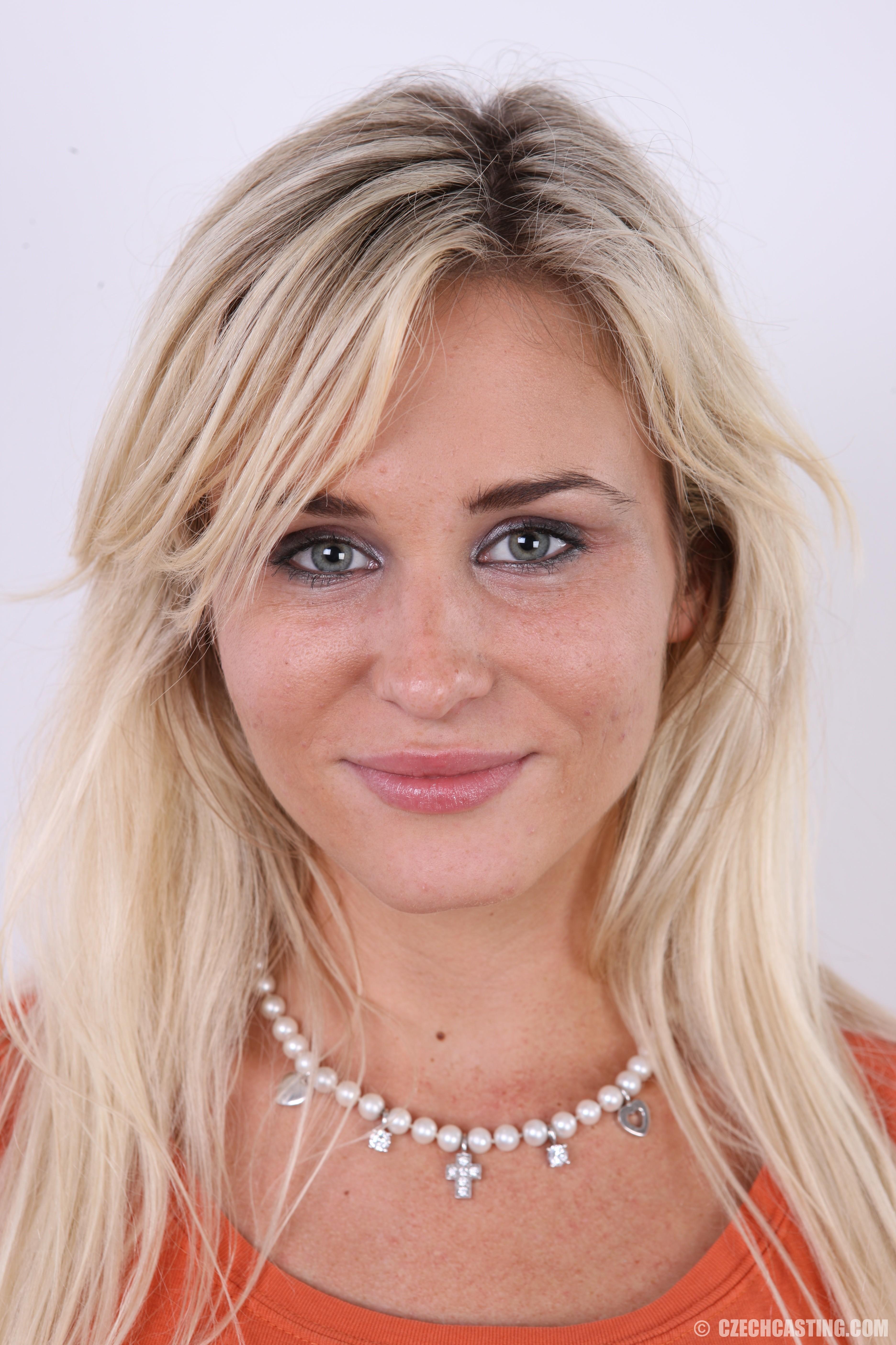 Linda brown and casting facial | Porno gallery)