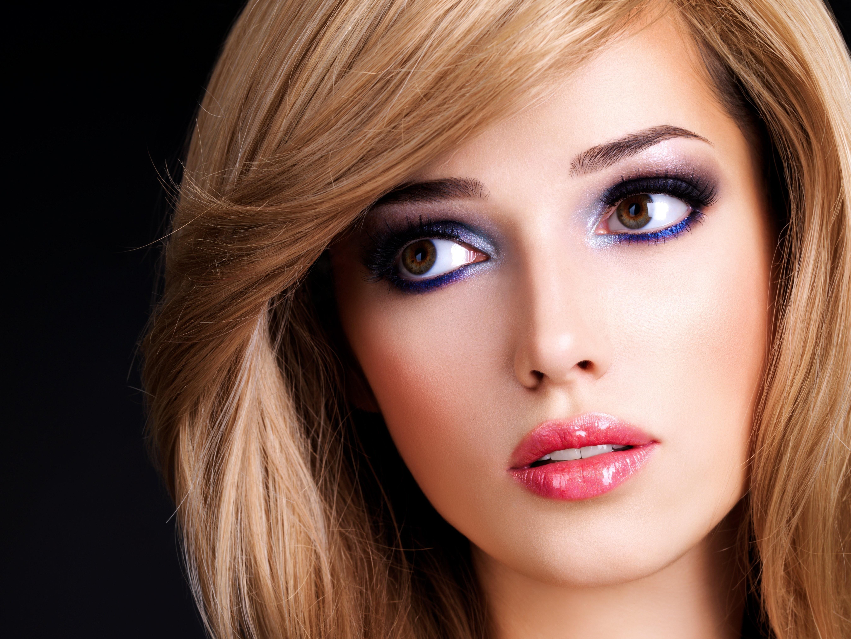 Фото девушек в красивом макияже