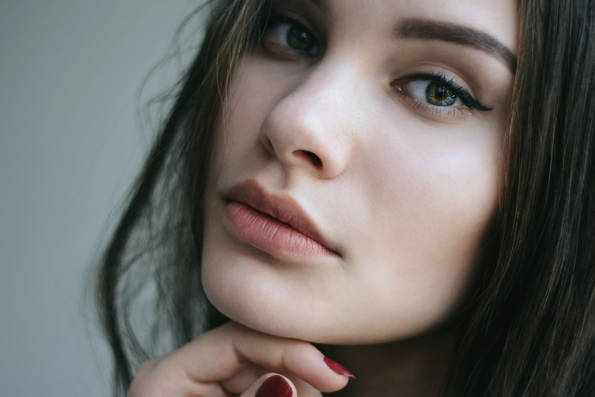 Картинки девушки с курносым носом