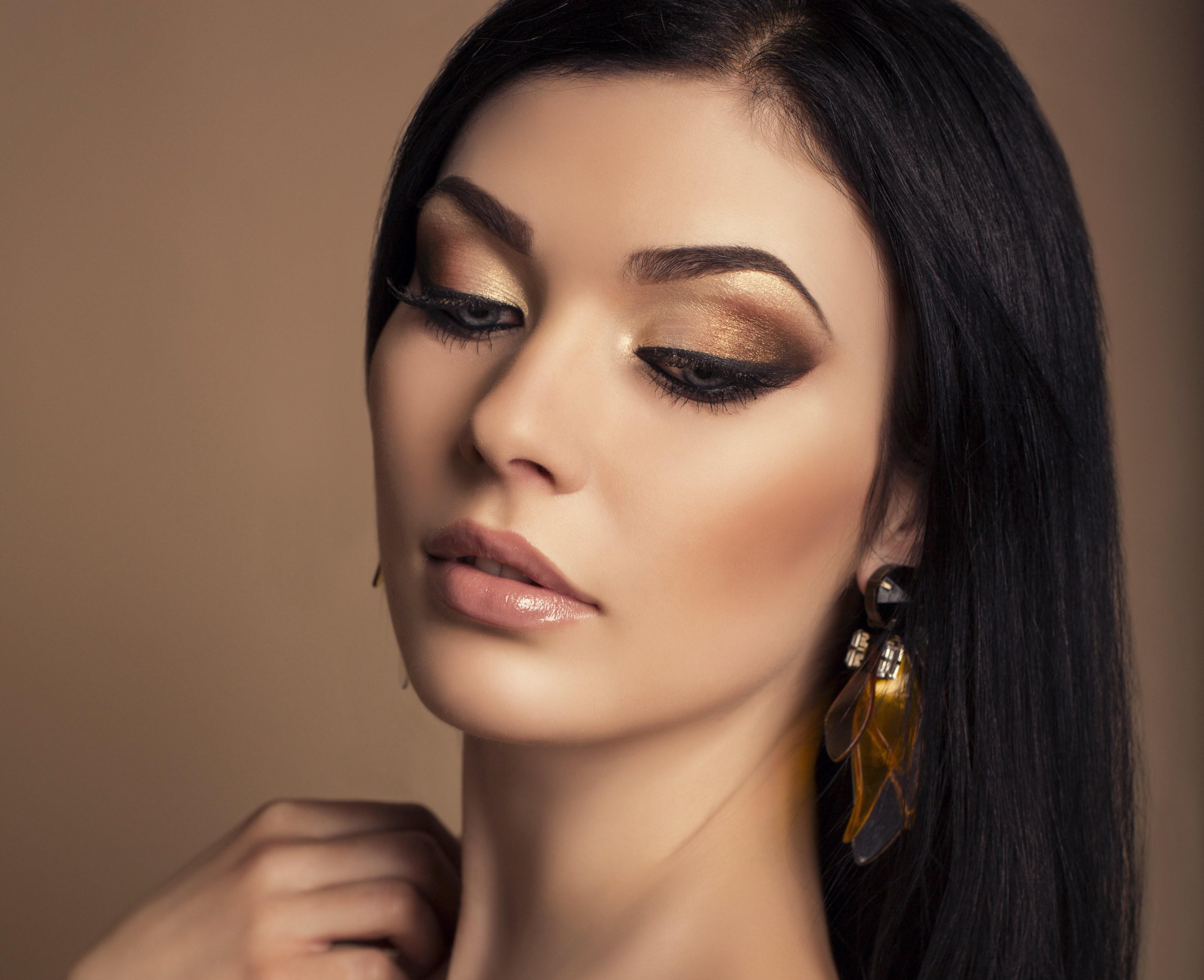 Картинки с красивым макияжем на карие глаза