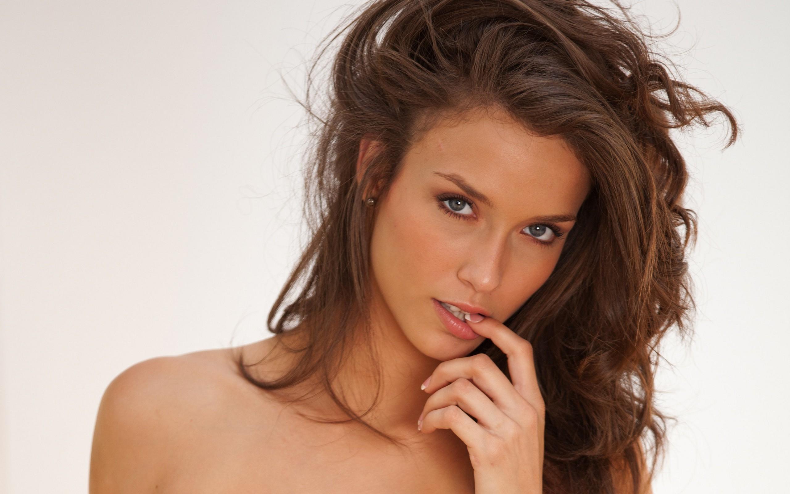 fond d u0026 39  u00e9cran   visage  femmes  maquette  cheveux longs  la photographie  chanteur  cheveux noirs
