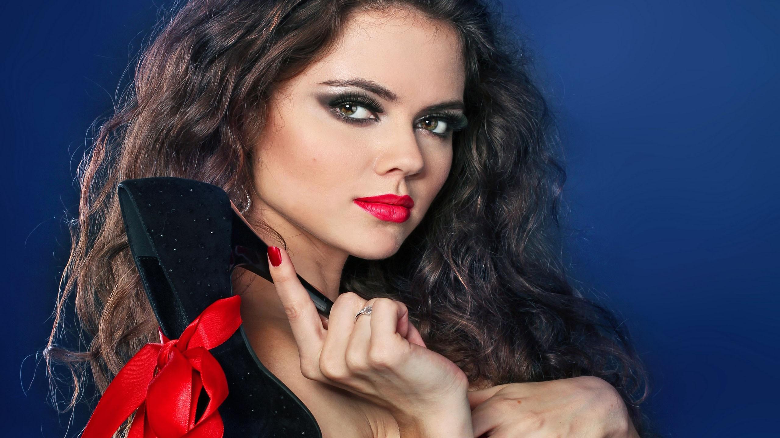 Wallpaper : face, women, portrait, long hair, painted nails, makeup ...