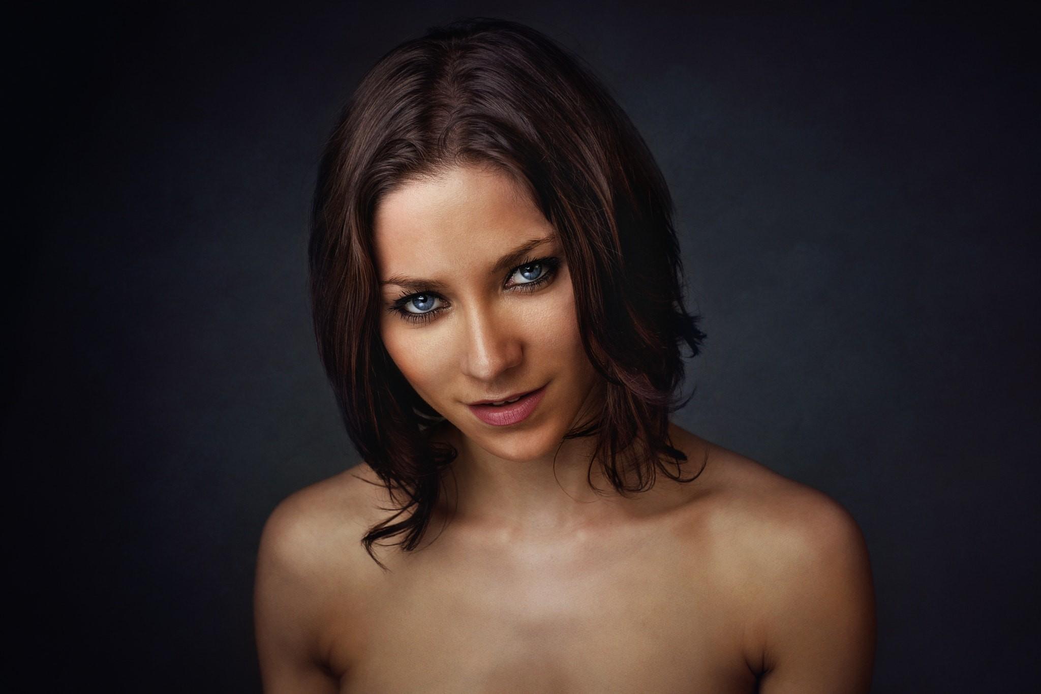 modelli di petto nude asiatico mano lavoro porno