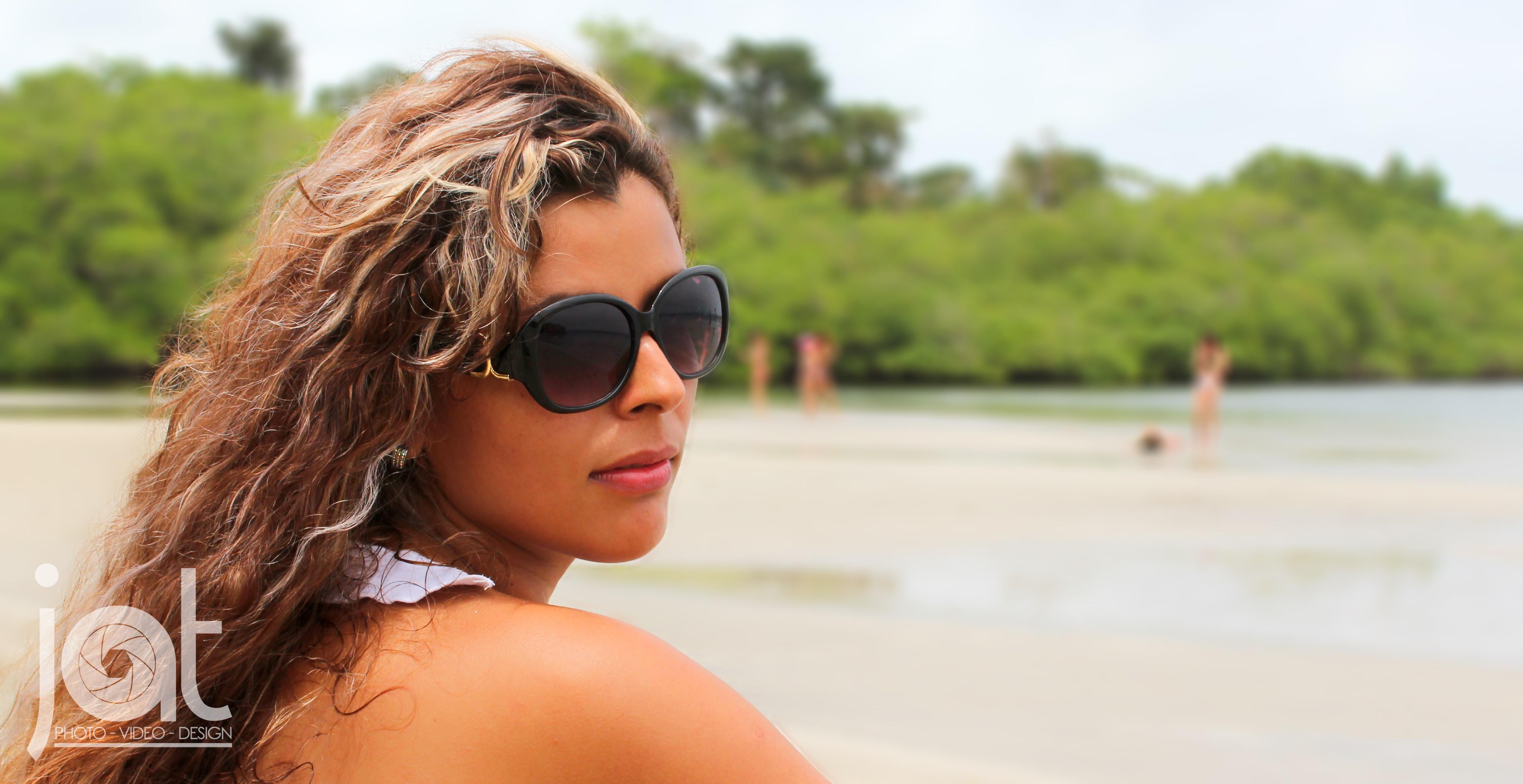 1410fbfa83 Fondos de pantalla : cara, mujer, modelo, Gafas de sol, gafas, playa,  cabello, trajes de baño, Panamá, ropa, Pueblo de Bocas, Bocas del Toro,  vacaciones, ...