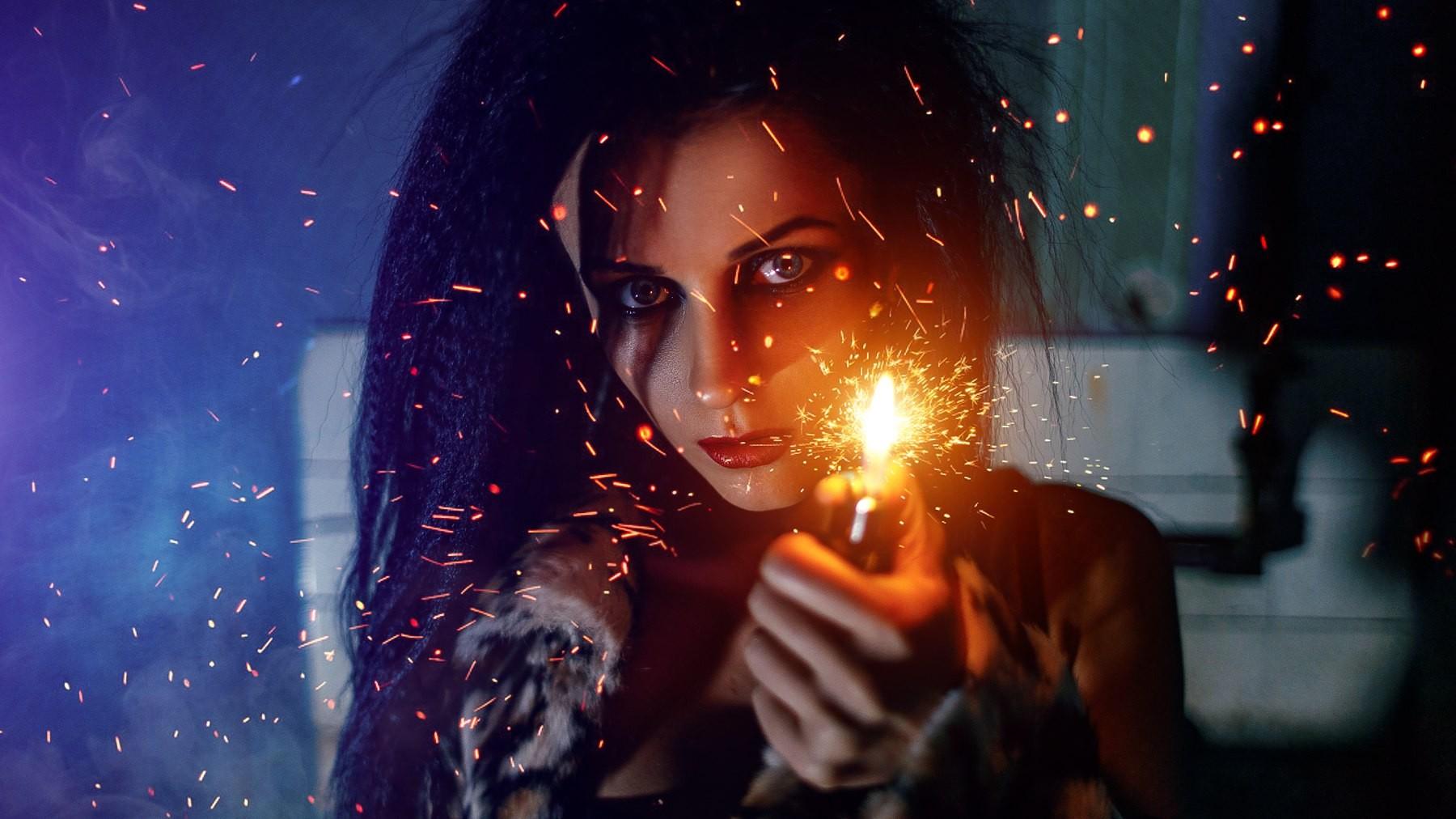 Face Women Night Fire Lighter Light Stage Darkness Screenshot Computer Wallpaper Special Effects