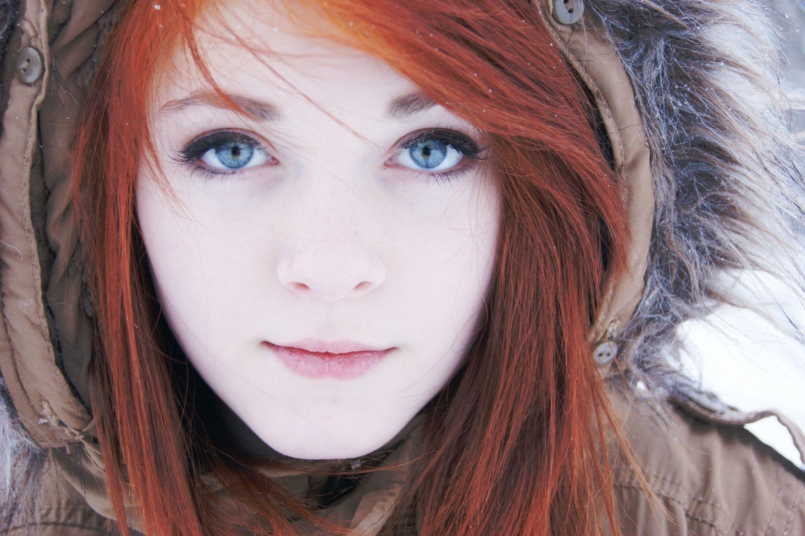rot blaue haare