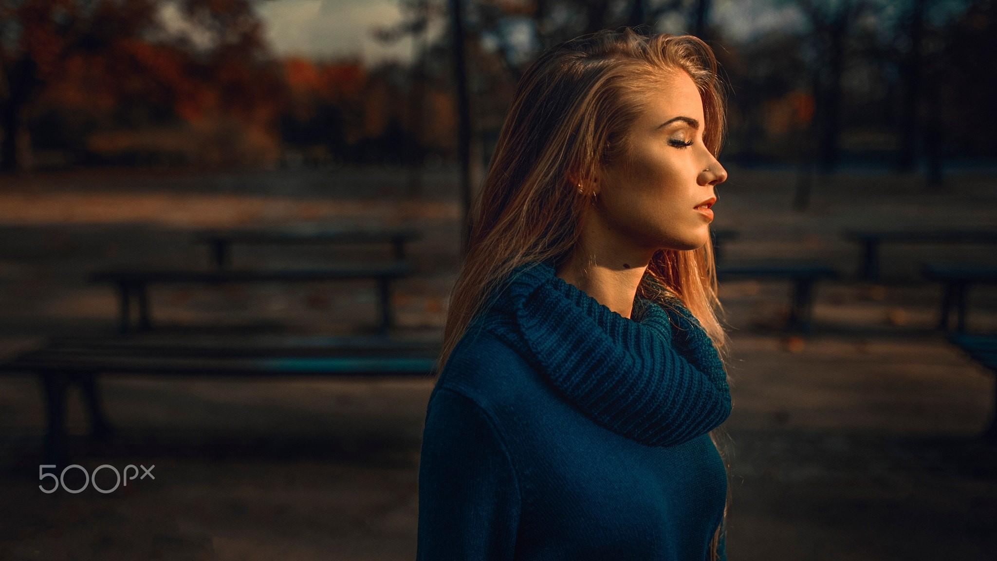 Sfondi : donne, bionda, capelli lunghi, occhi blu, capelli