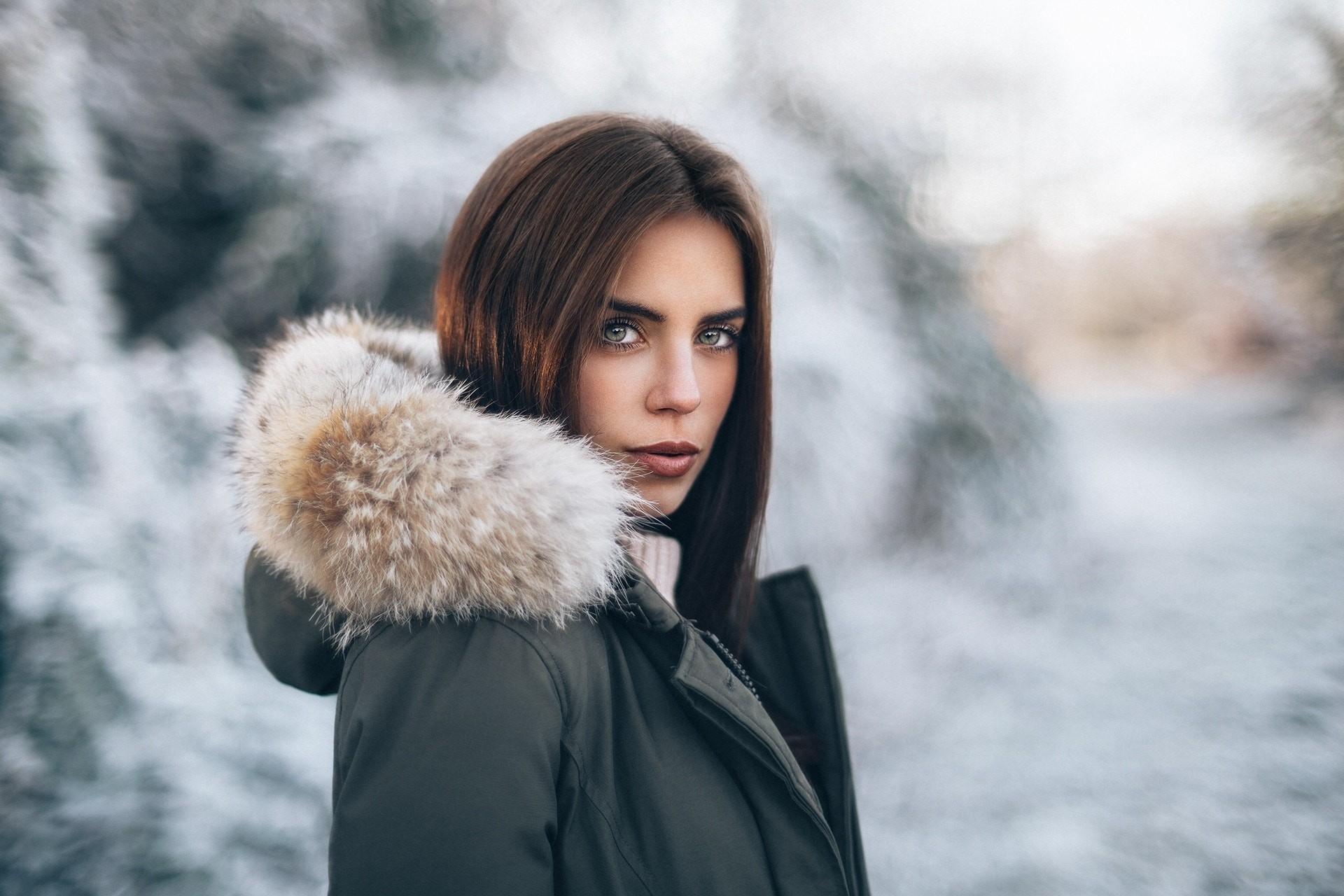 Baggrunde : ansigt, Kvinder udendørs, model, portræt, dybdeskarphed, sne, vinter, sweater, mode ...