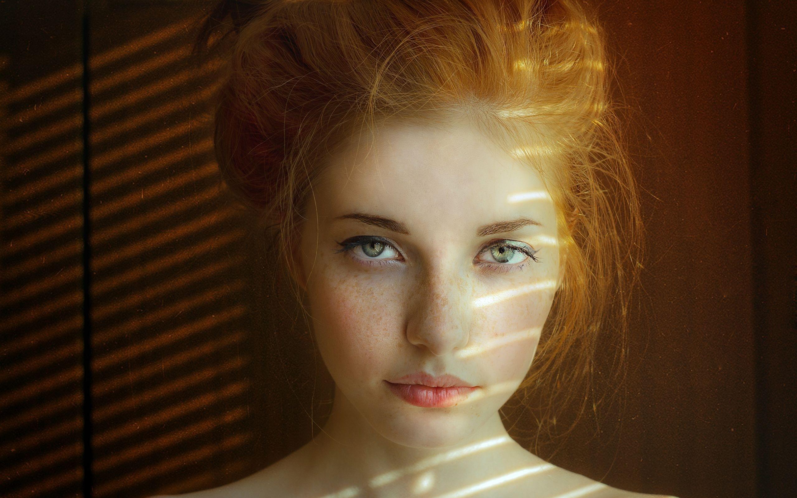 Wallpaper  Face, Women, Redhead, Model, Portrait, Green -4647