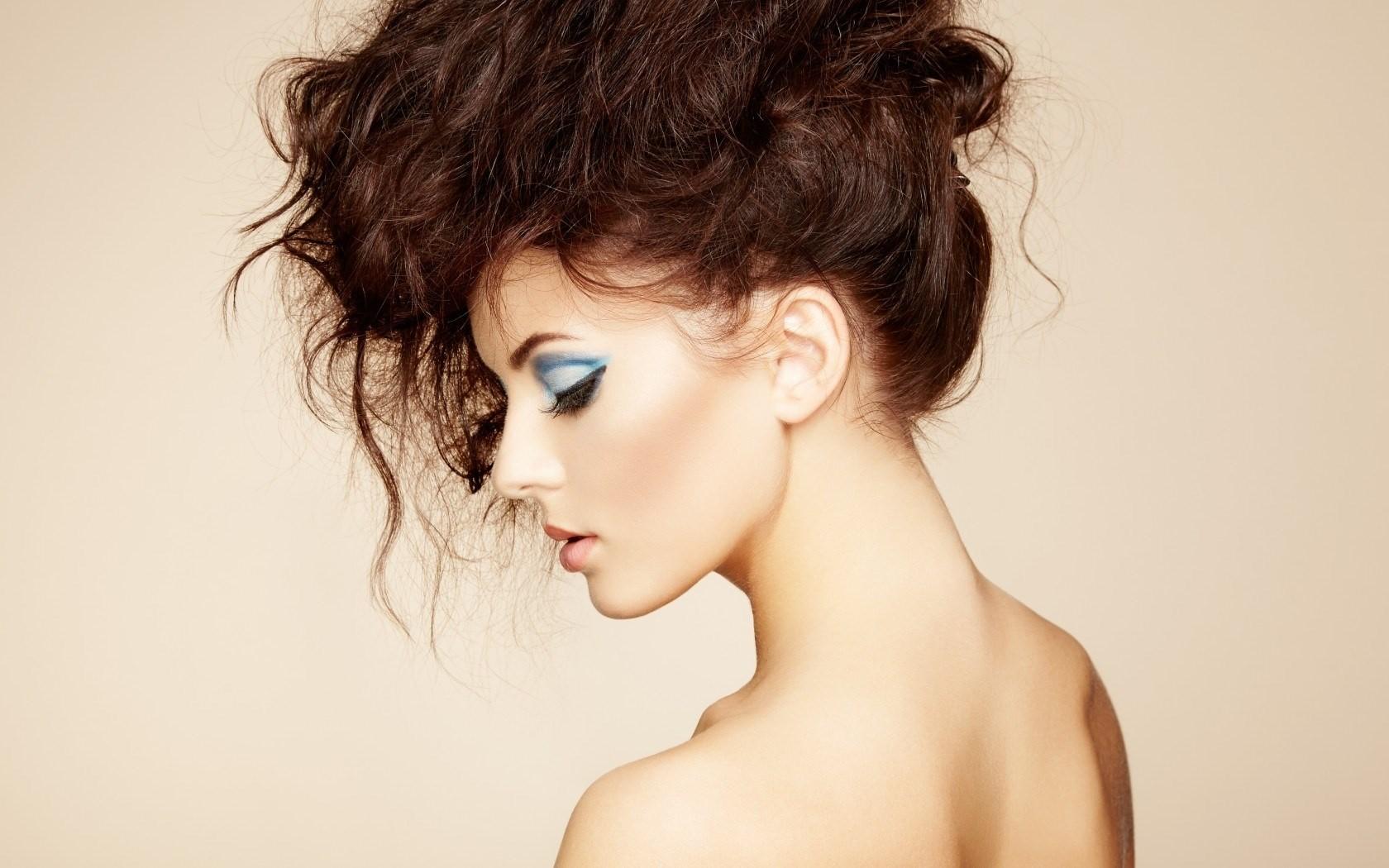sfondi viso donne testa rossa sfondo semplice capelli lunghi trucco profilo capelli neri naso pelle capo ragazza bellezza occhio donna