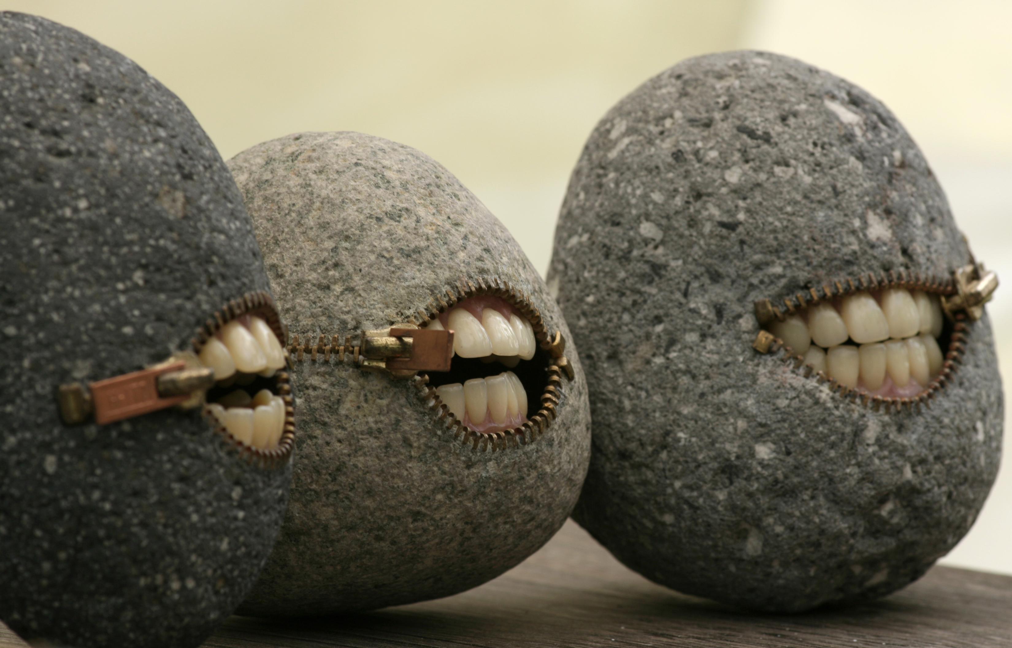 Воскрешающий камень своими руками