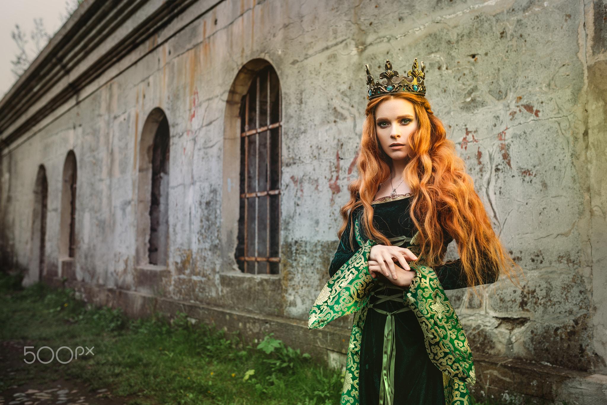 Фото девушек в средневековье