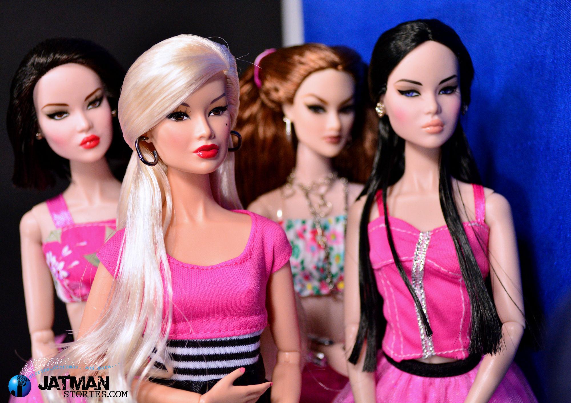 Masaustu Moda Koreli Pembe Oyuncak Bebek Barbie Kiz Kpop