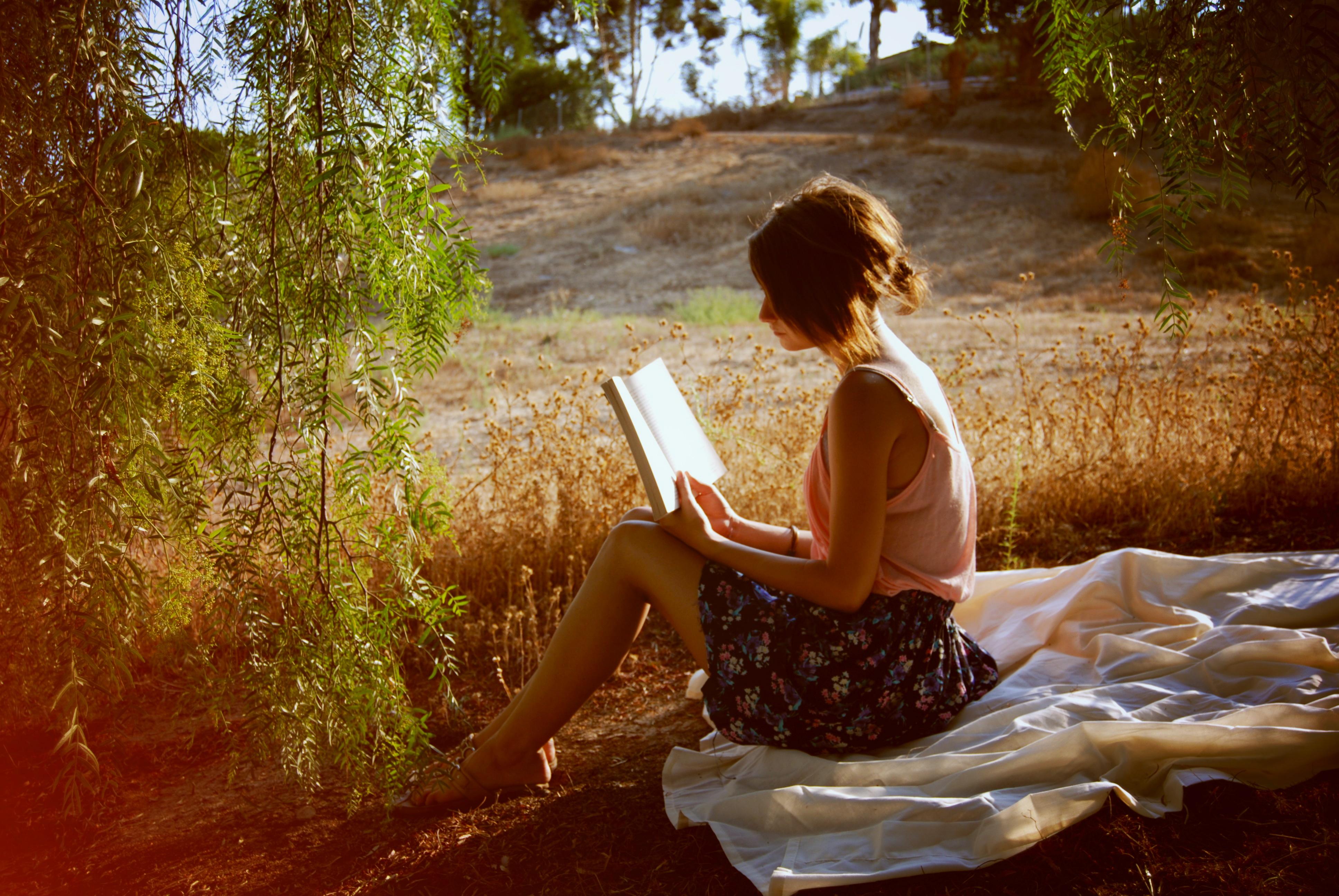 Wallpaper Flowers Sun Tree Love Girl Reading Book
