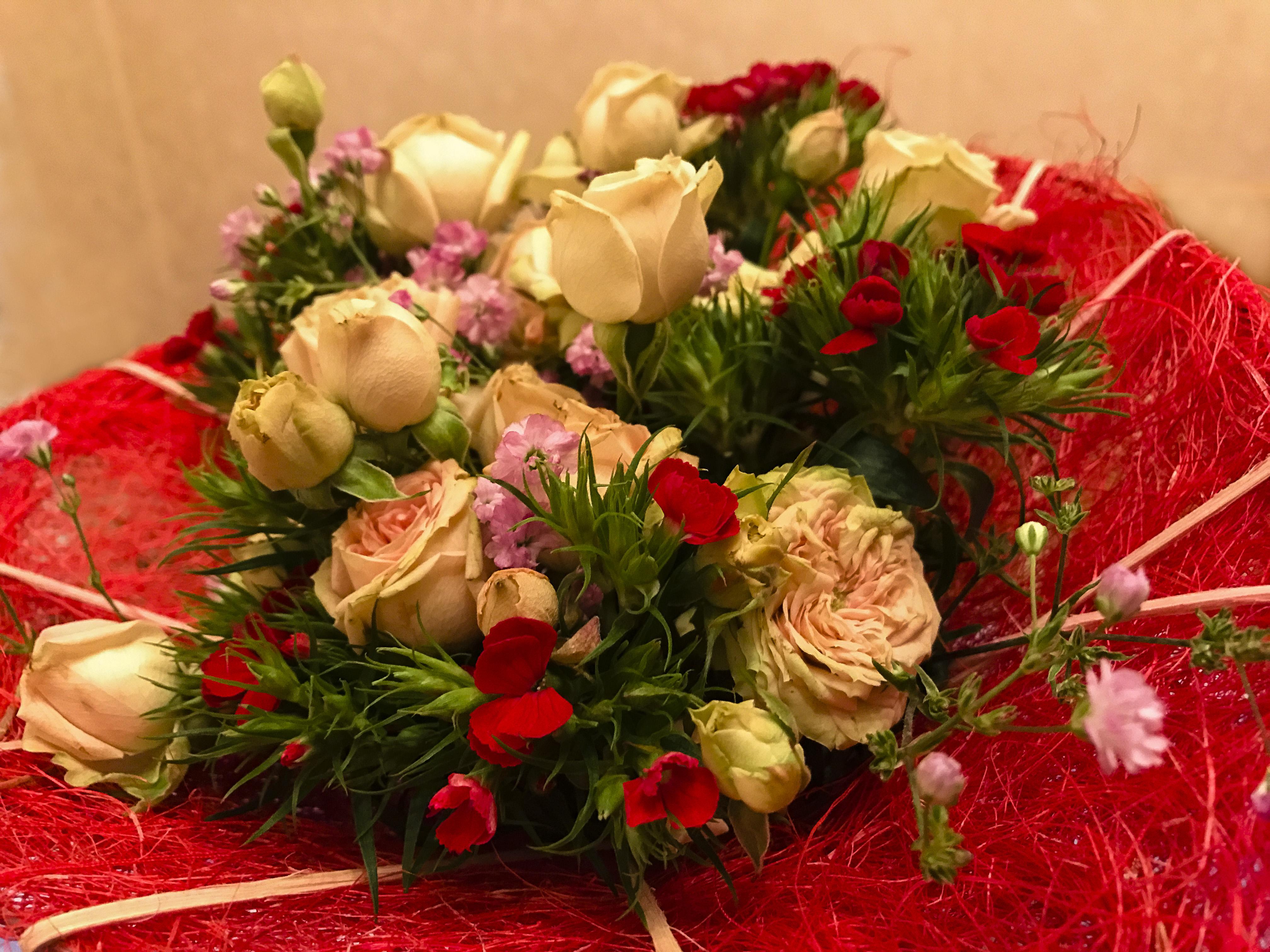Fondos De Pantalla Flores Enamorado Manzana Iphone 7 Mas