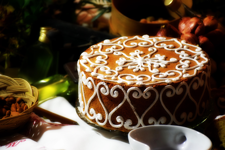 Открытке другу, картинка шоколадом на торт