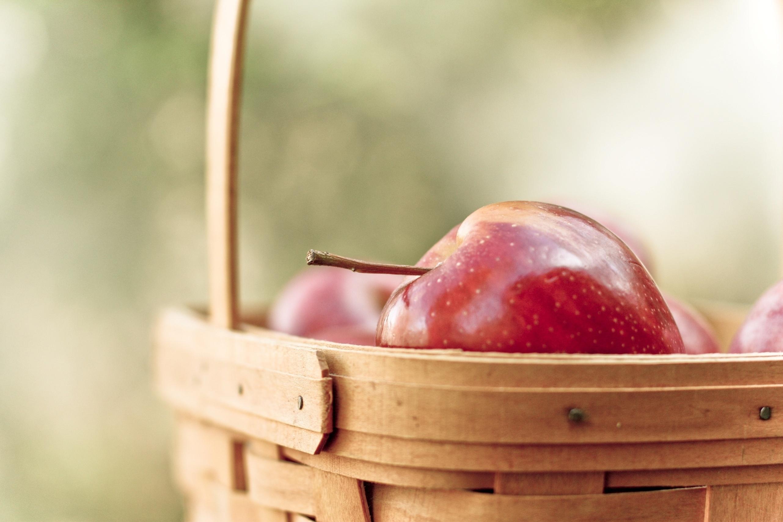 hintergrundbilder lebensmittel frucht korb apfel