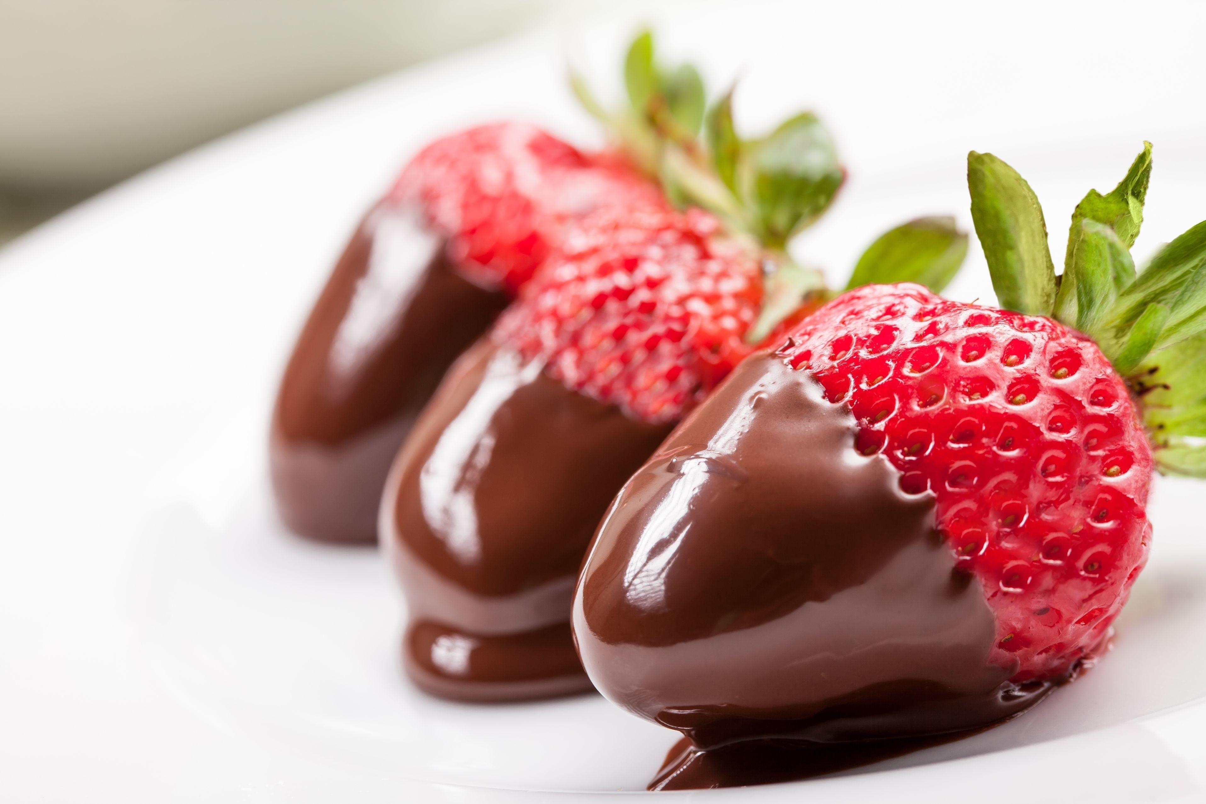 Sfondi cibo frutta fragole dolce pianta bacca for Pianta di fragole