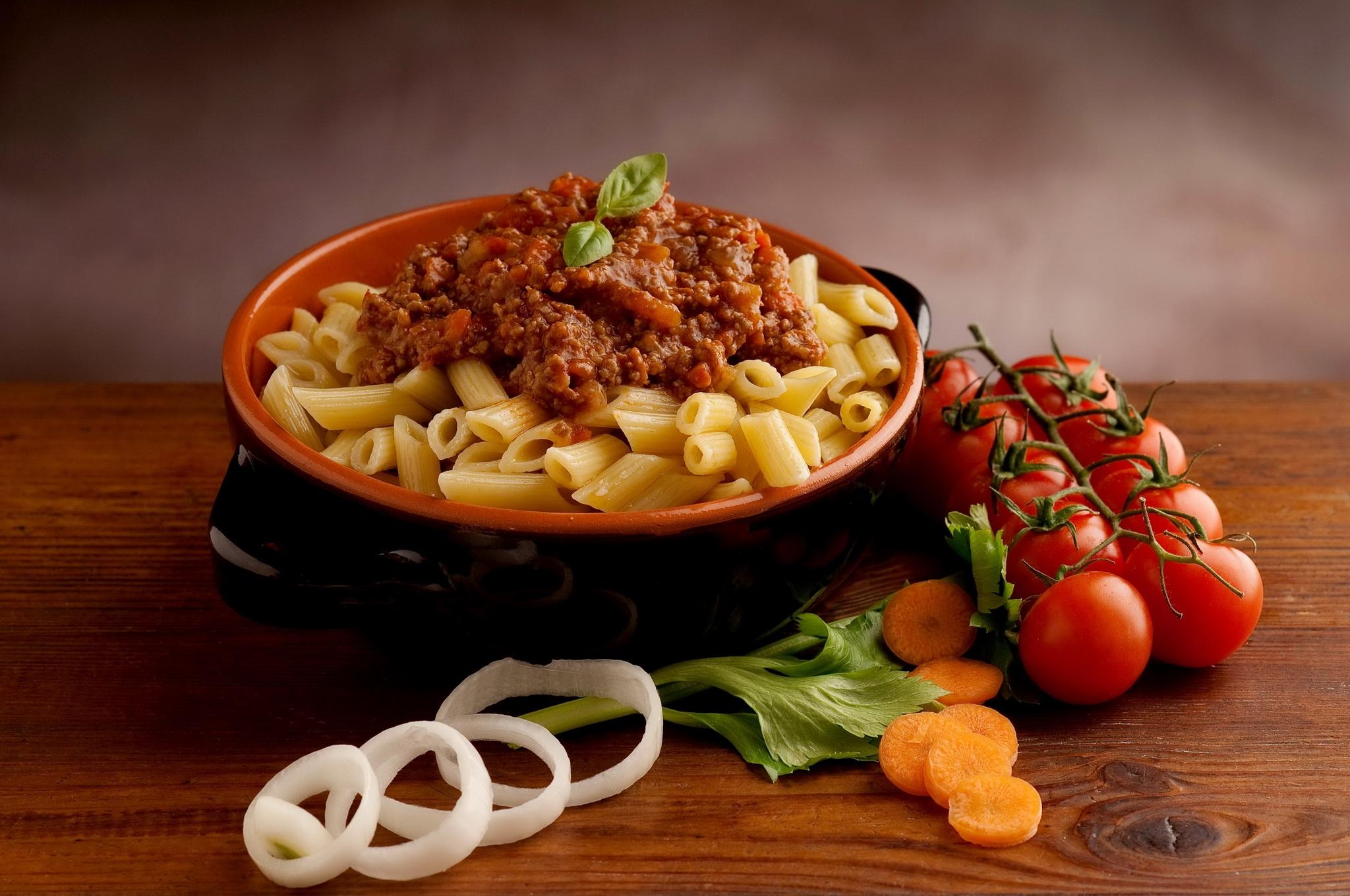 food meat vegetables spaghetti pasta cuisine sauce dish produce vegetable italian food european food vegetarian food