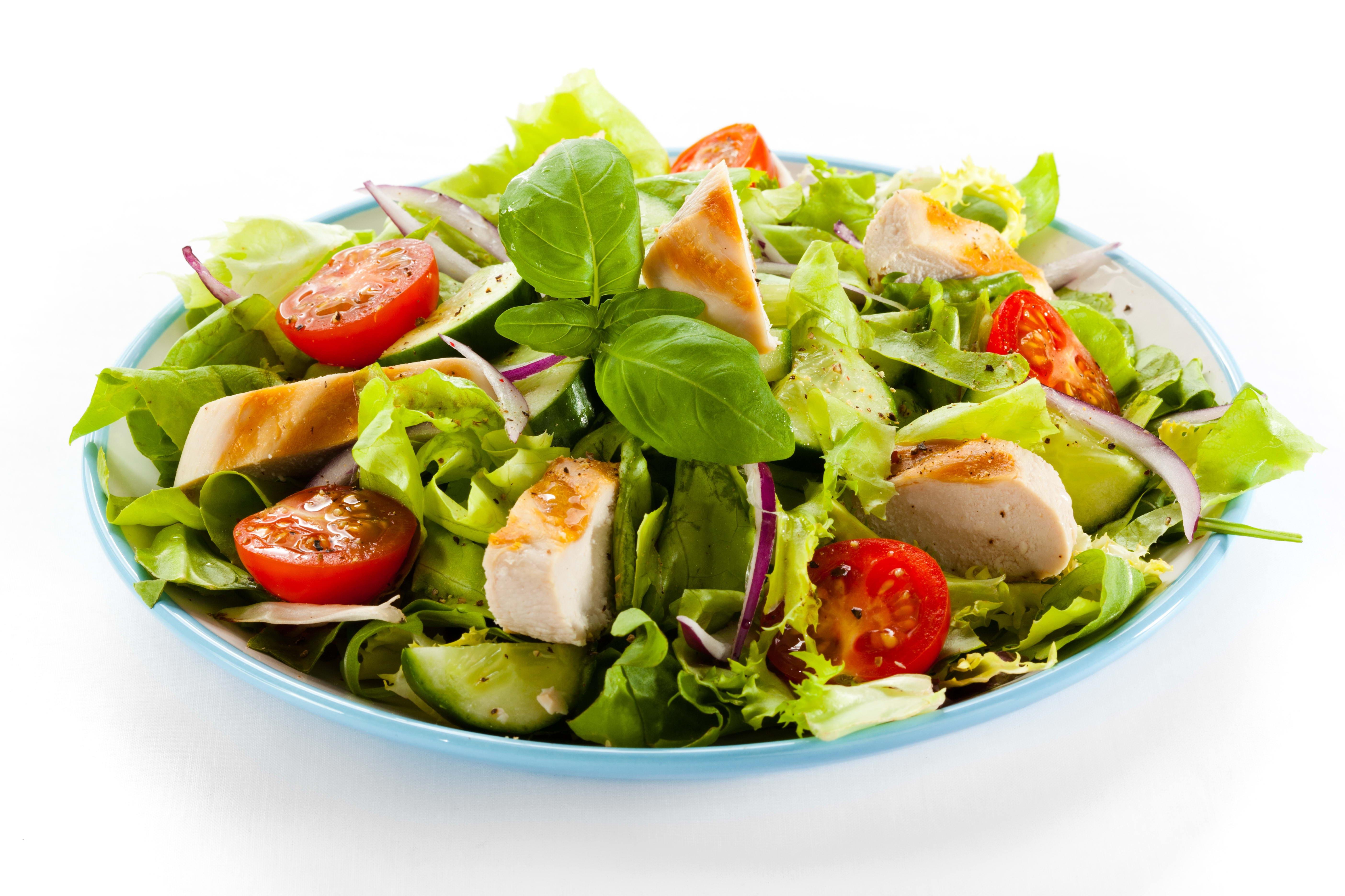 Masaüstü Gıda Domates Beyaz Arkaplan Plaka Salata Mutfak