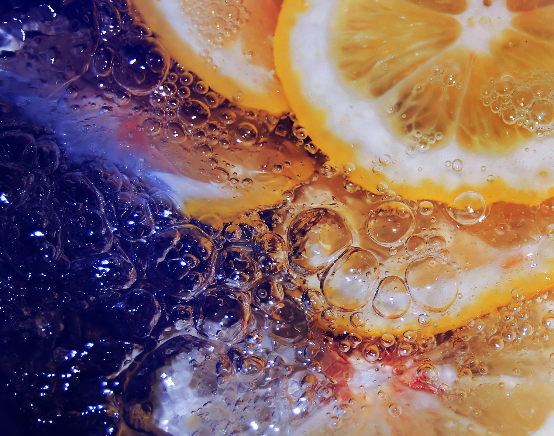 Картинки с фруктами на воде