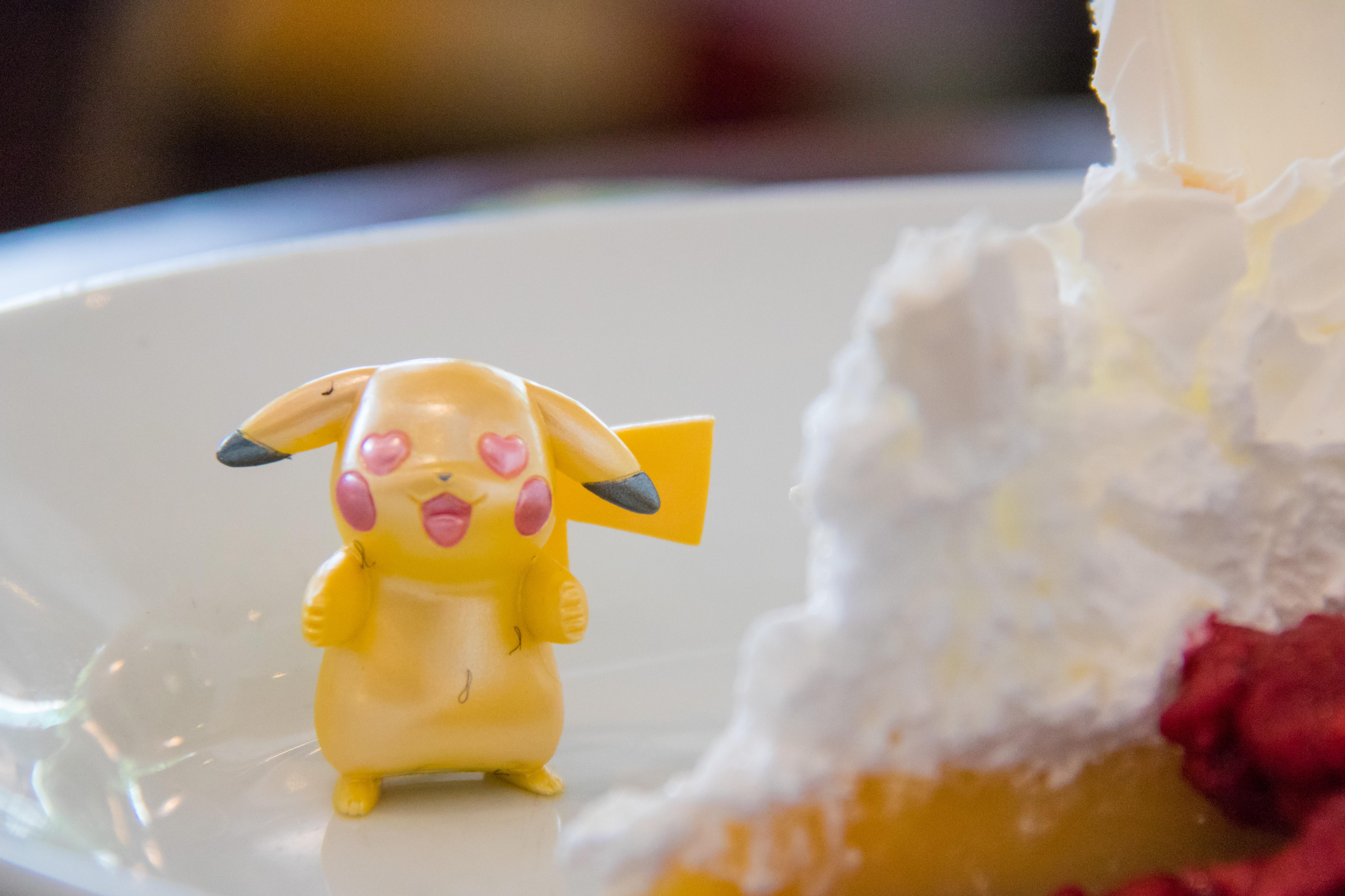 Hintergrundbilder Lebensmittel Gelb Pikachu Dessert Pokemongo