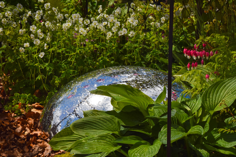 Piante privacy giardino con stagno artificiale giardino for Trasforma un semplice terreno in un colorato giardino
