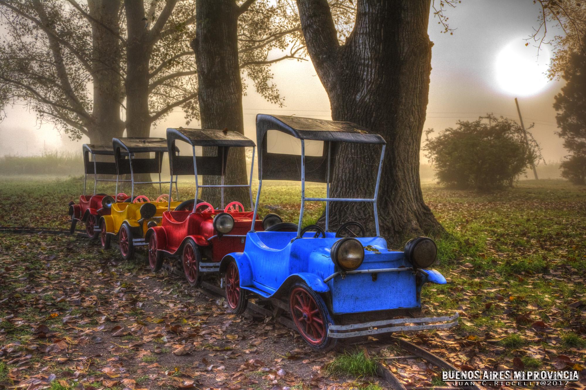... Eisenbahn, Dorf, Bauernhof, HDR, Argentinien, Campo, Hinterhof,  Ländlichen, Niebla, Baum, Herbst, Nebel, Blume, Garten, Jahreszeit, Autos,  Landschaft, ...