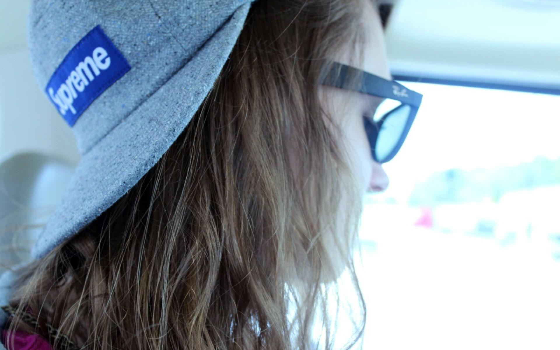 Wallpaper  girl, hat, glasses, hair, swag 1920x1200
