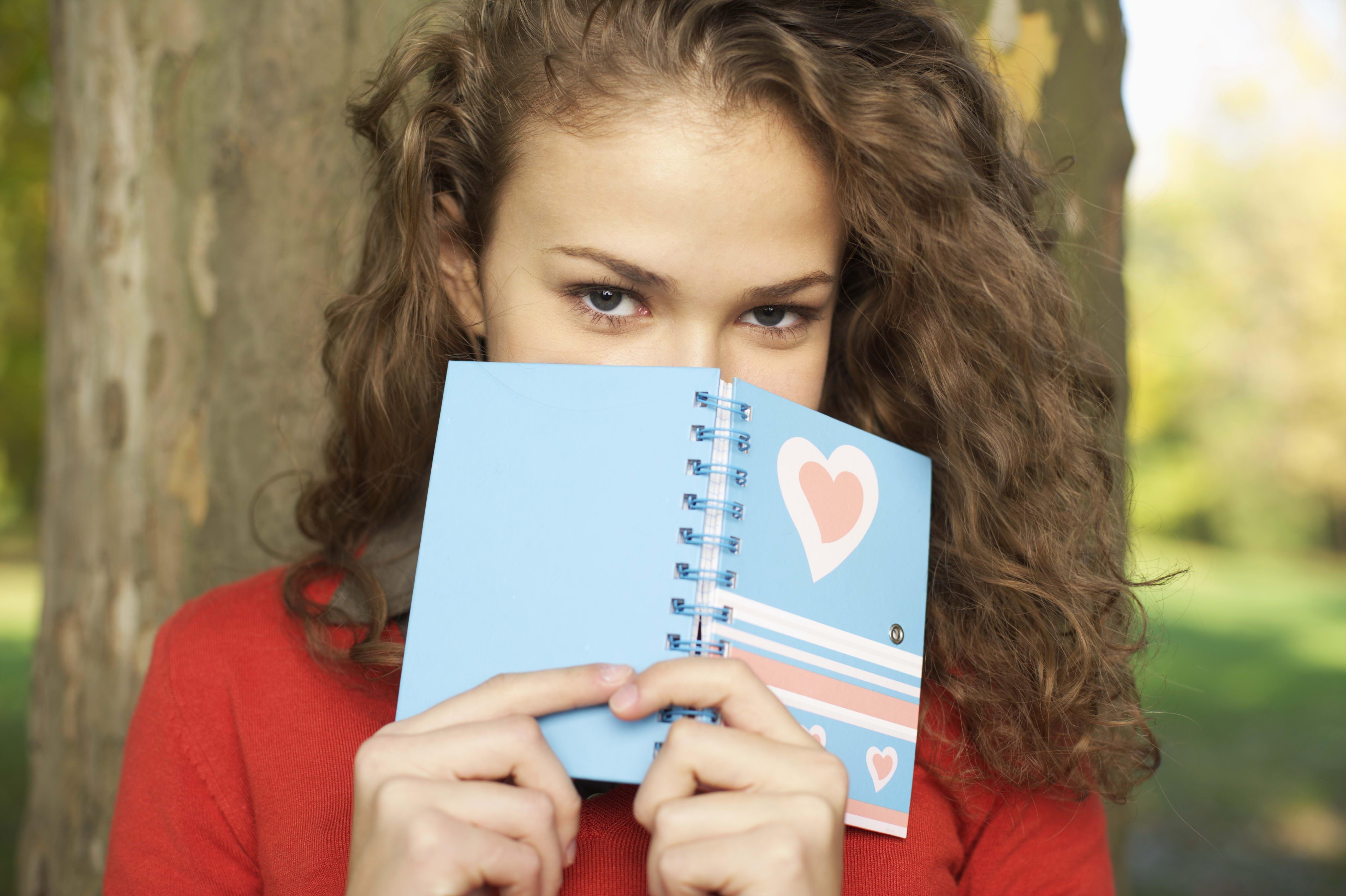 Картинки девушки дневники