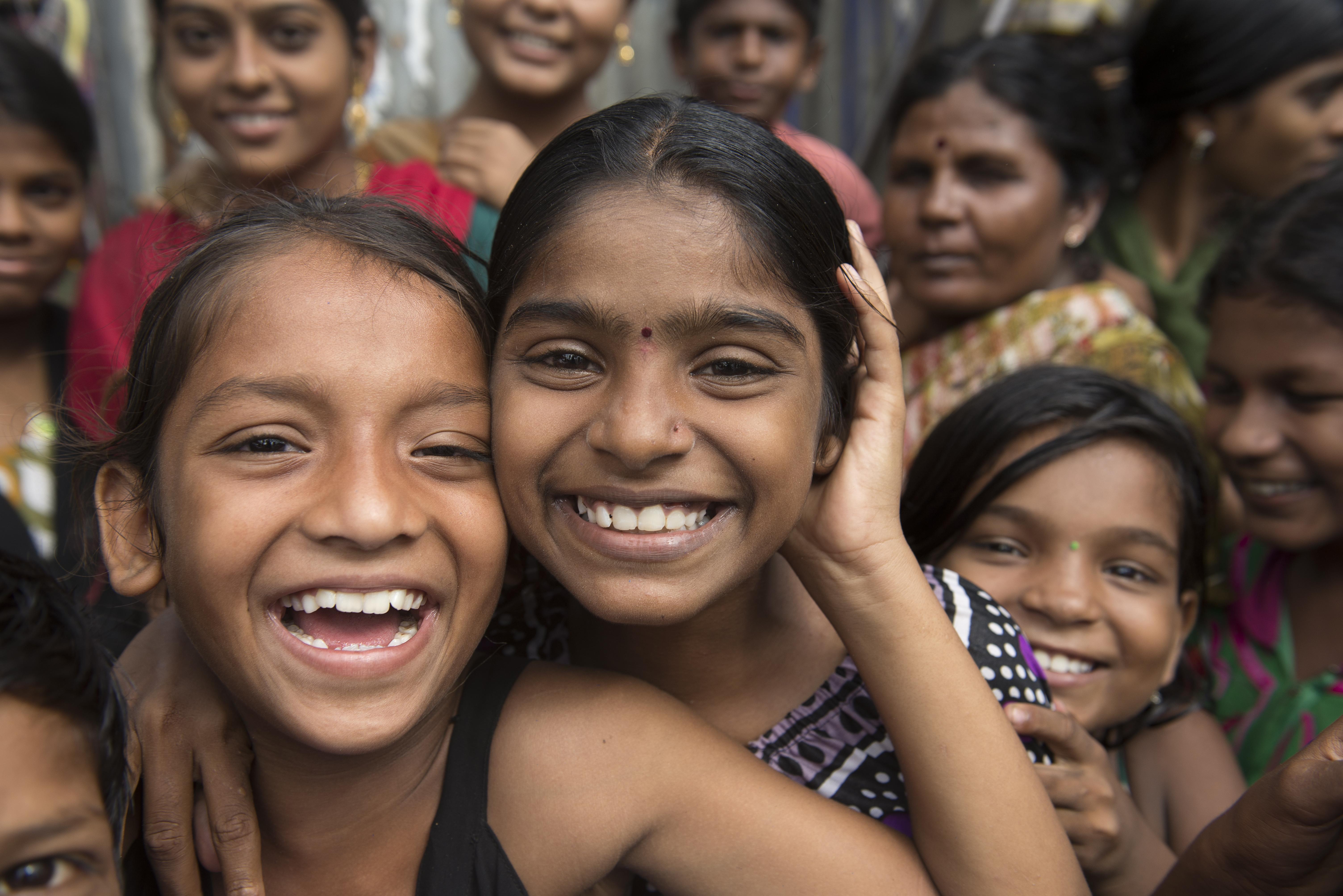 картинки радостные лица бедных людей гипнозом расстоянии