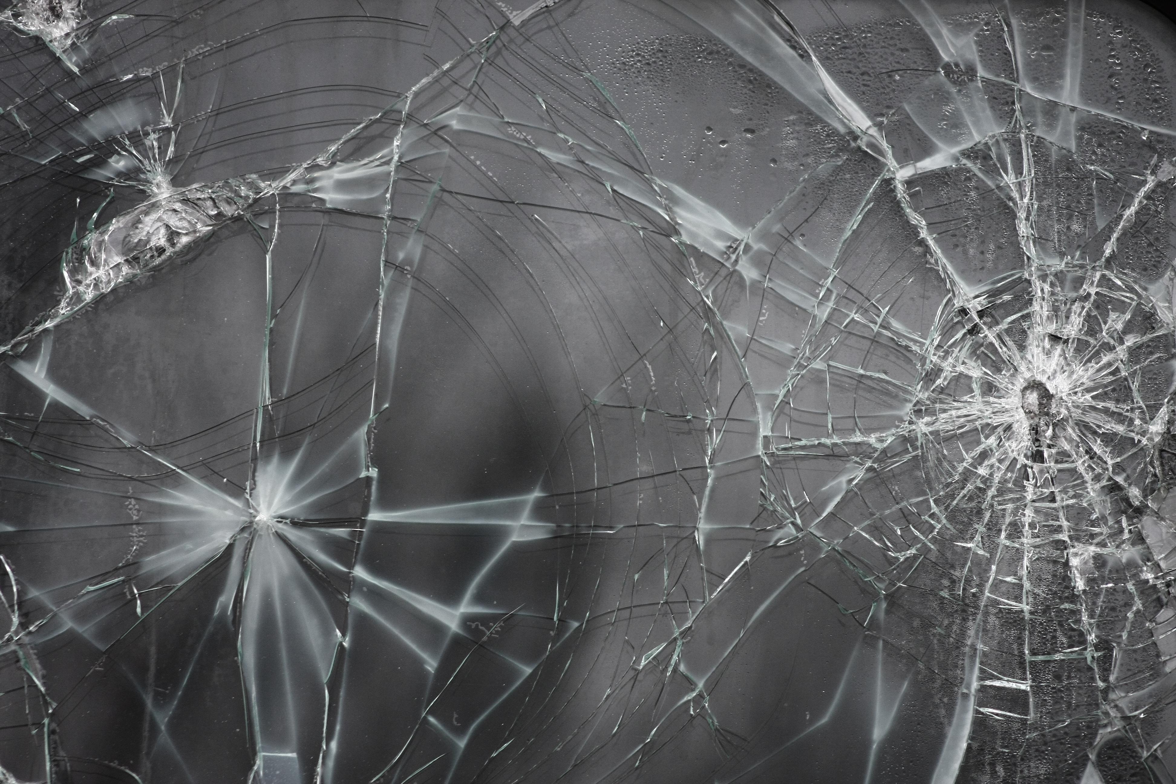 glass cracks grain 1029053