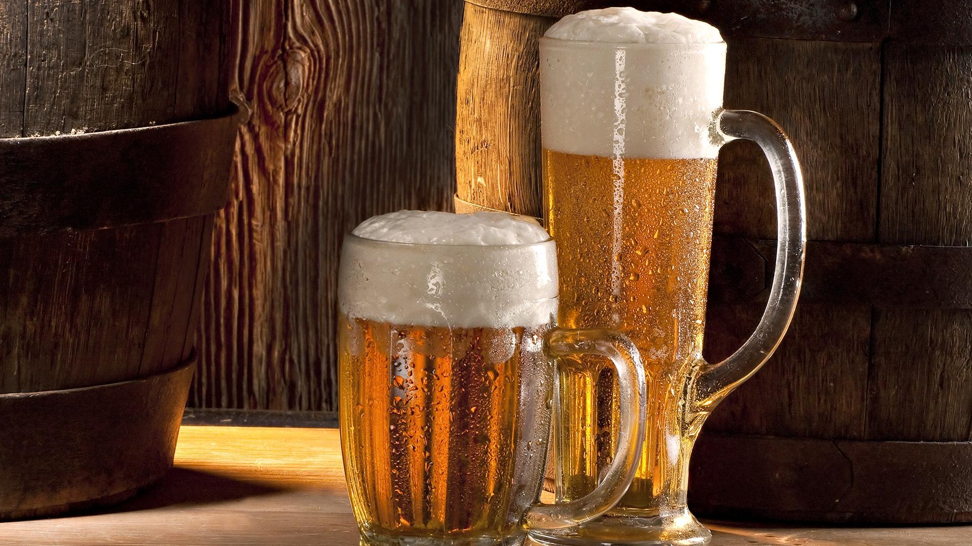 картинка холодное пиво в бокале багряные закаты, теплые