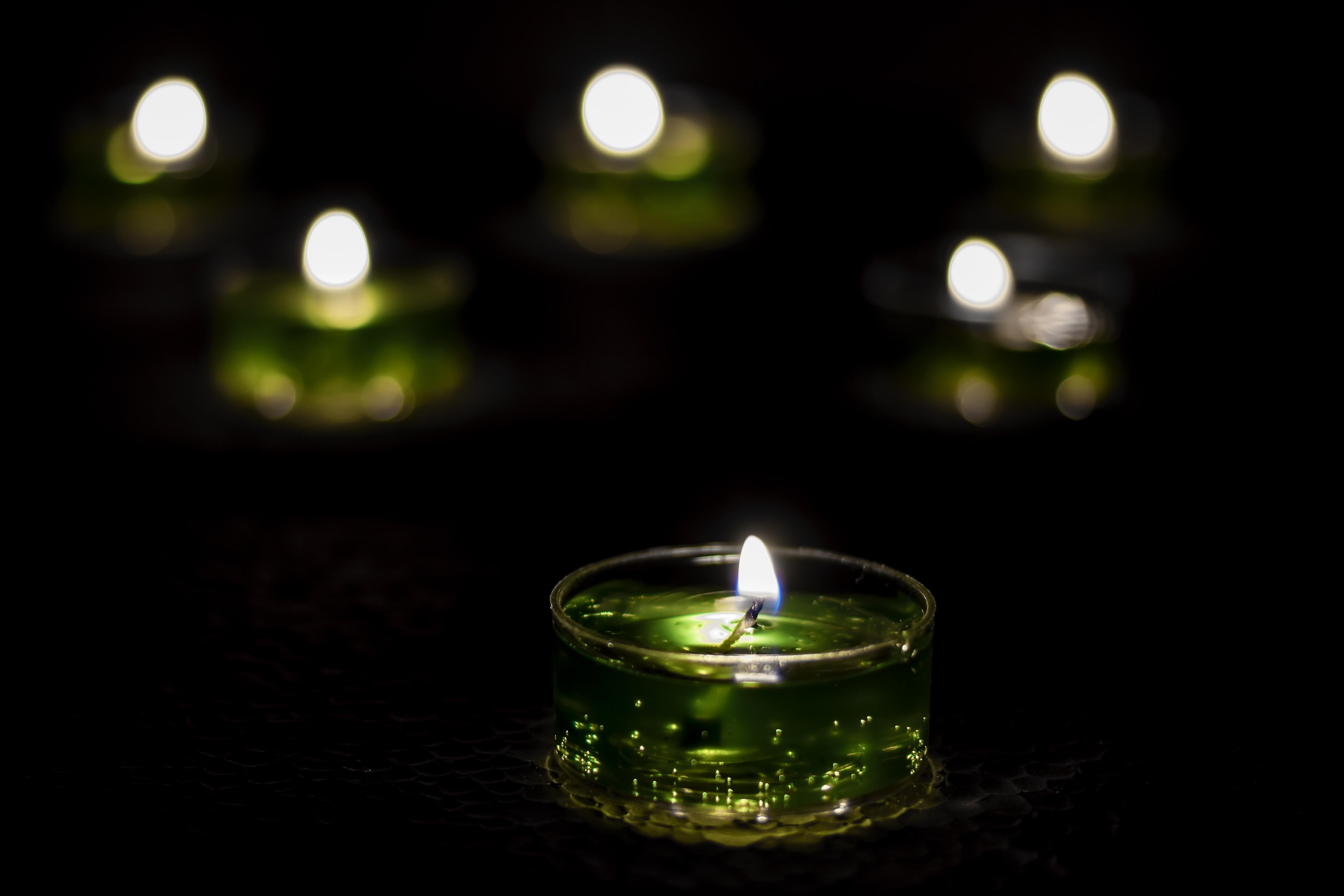 этих картинка зеленые свечи стране