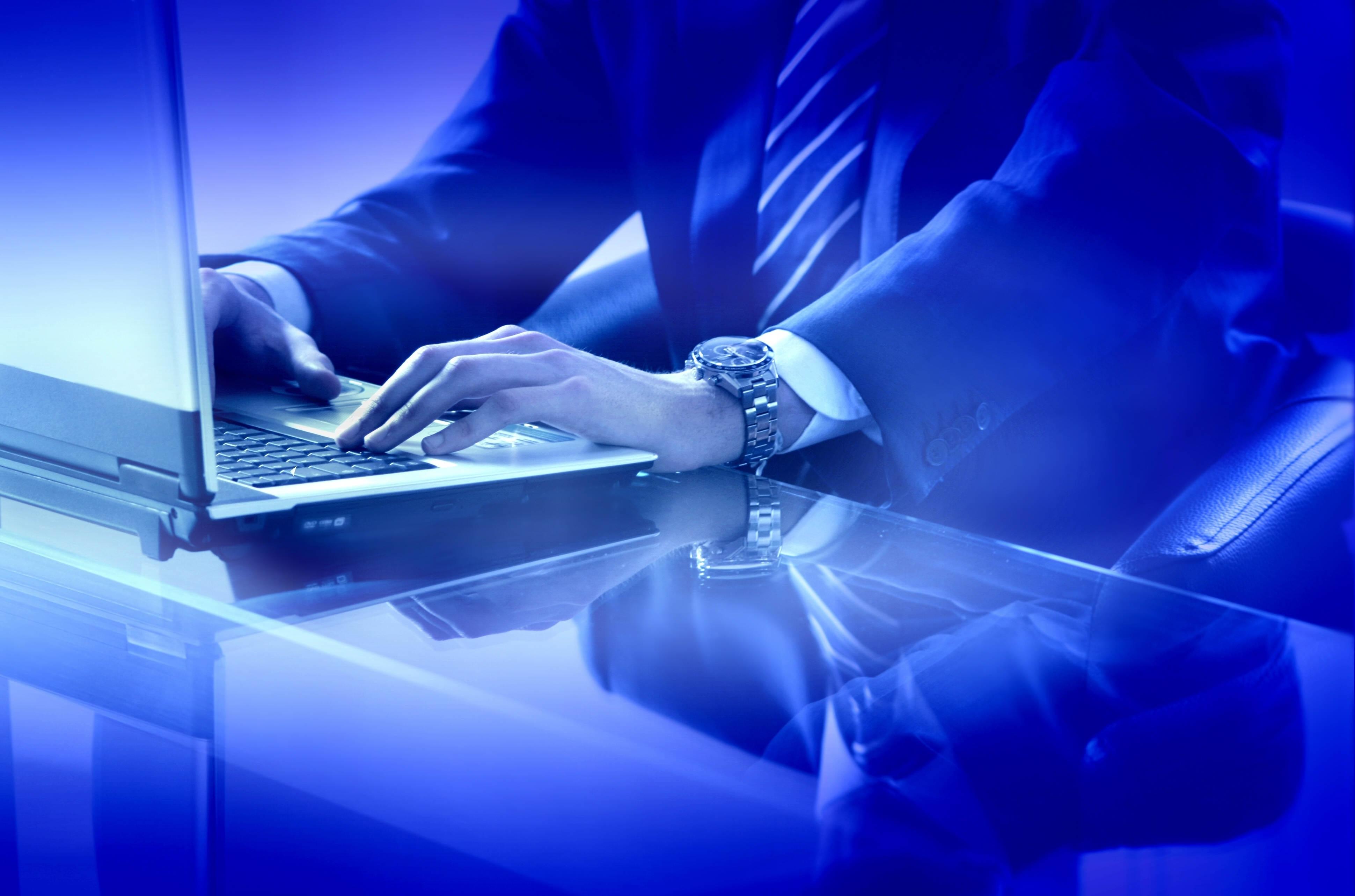 デスクトップ壁紙 手 青 ラップトップ 光 キーボード スクリーンショット コンピュータの壁紙 ビジネスマン 30x2567 Wallup デスクトップ壁紙 Wallhere