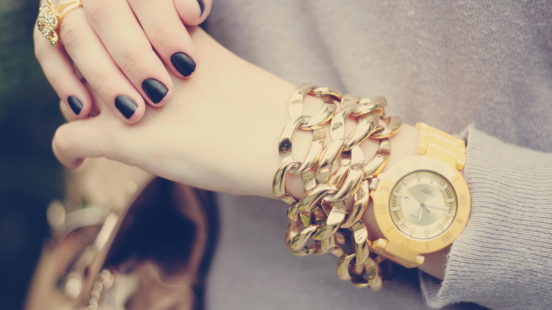 Wallpaper : hands, yellow, blue, jewelry, watches, girl, hand ...