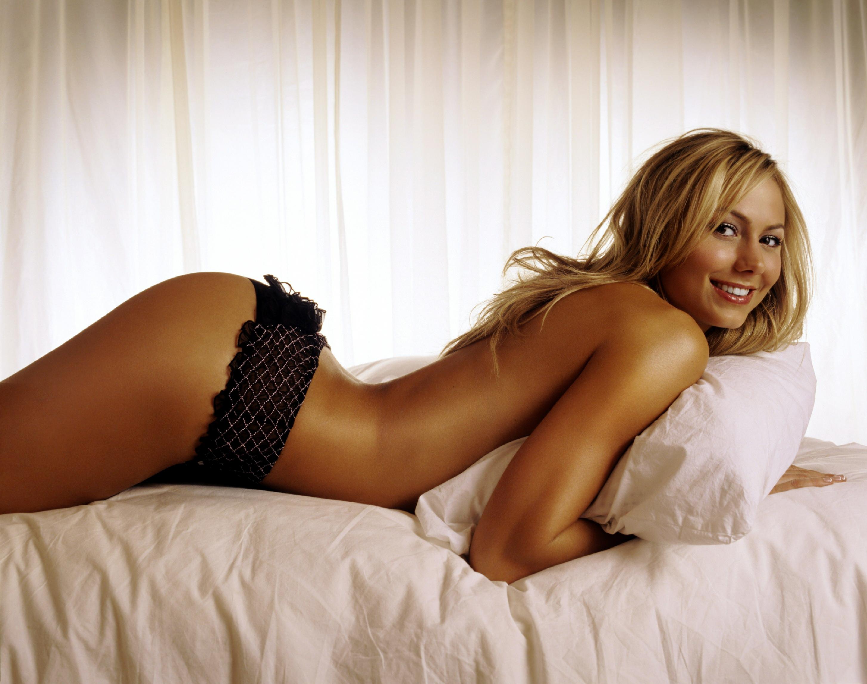 Naked Stacy Keibler In Wwe Divas Ancensored