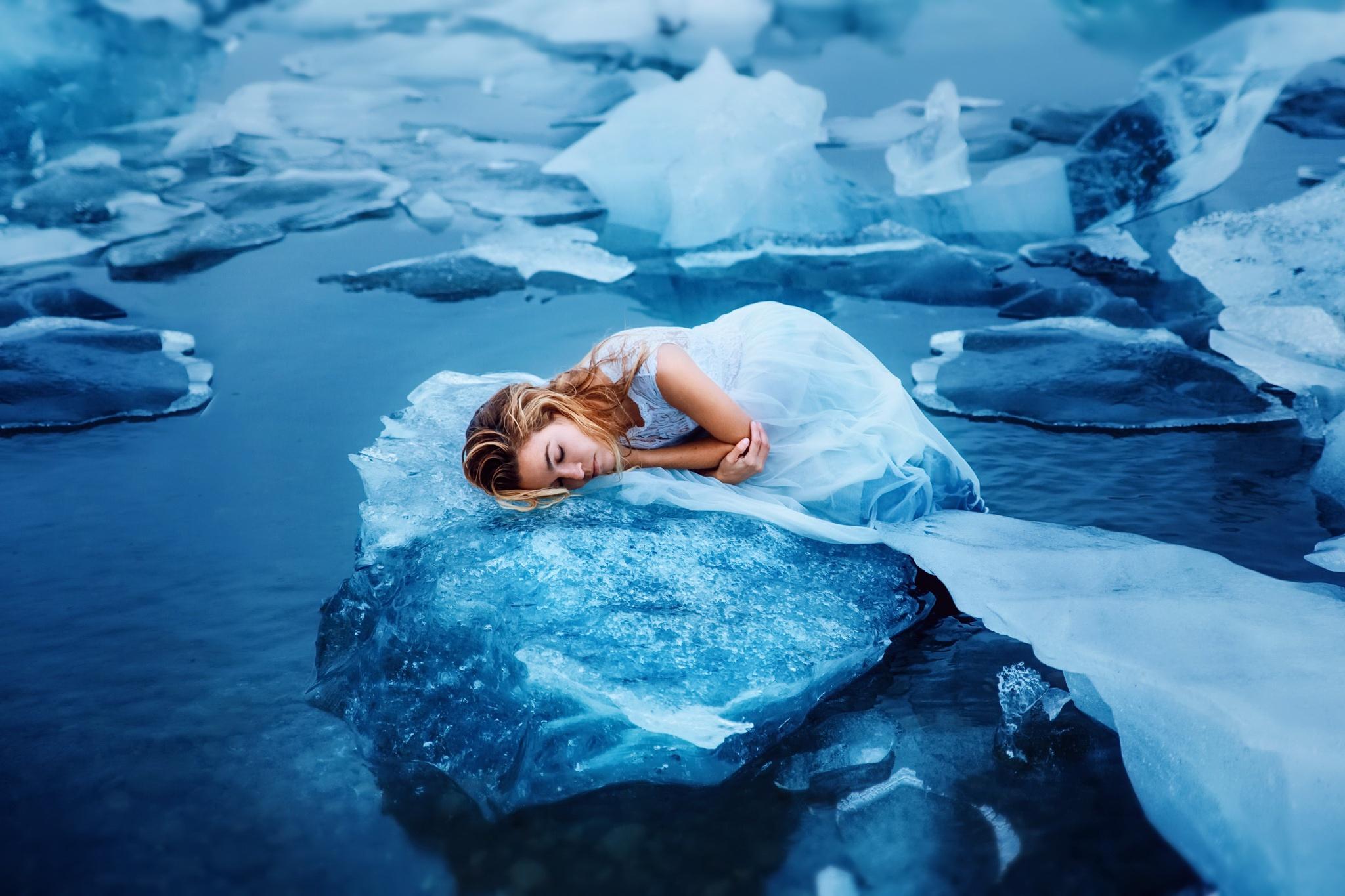 Что плаваешь в льдом если воже зимой снится со