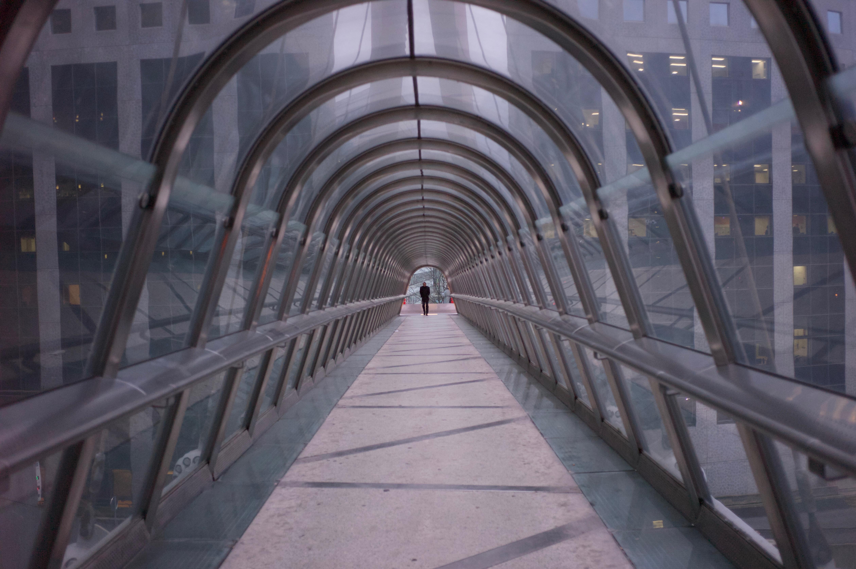 Moderne Stehlen hintergrundbilder ladefense frankreich pont brücke japanbridge