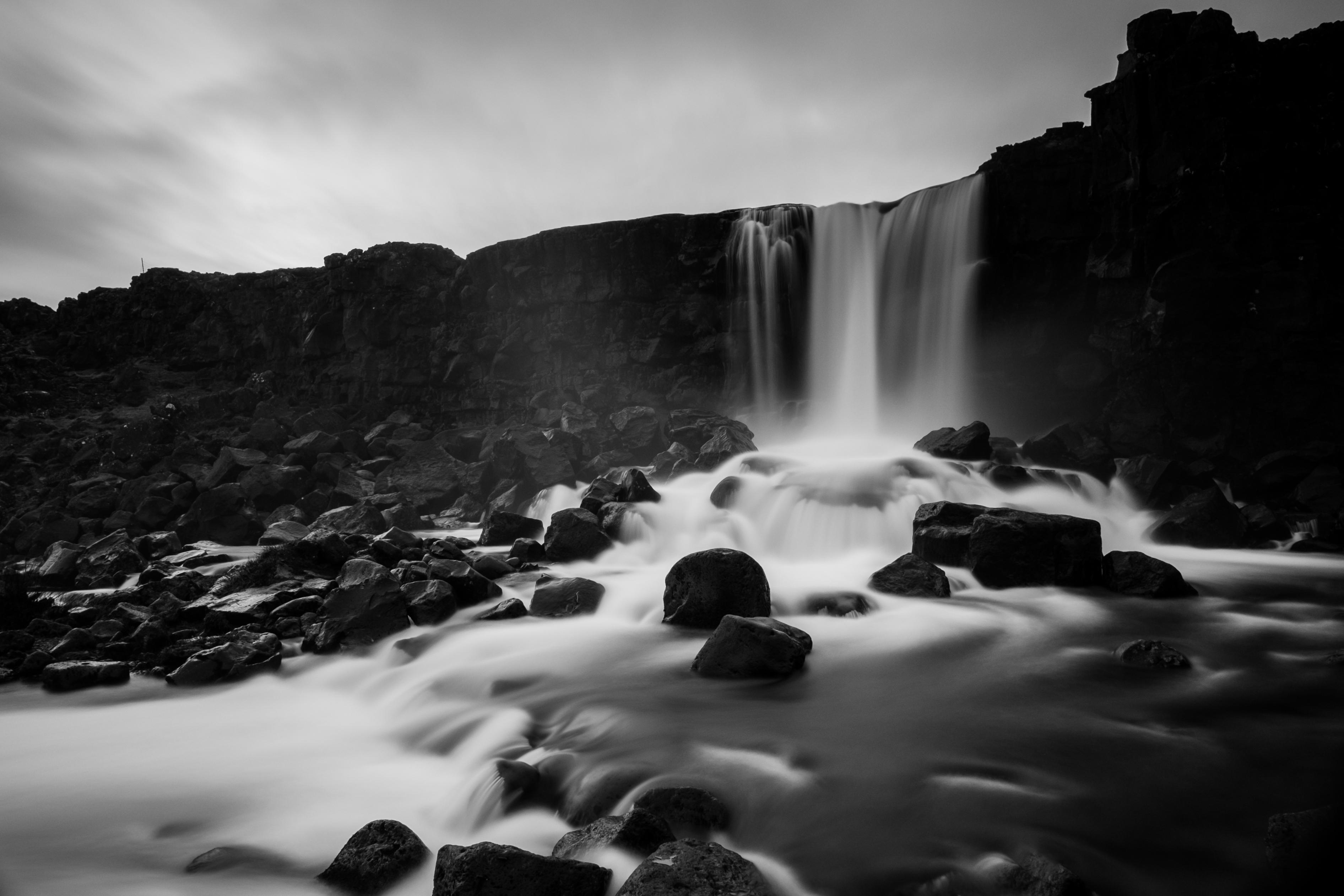 Hintergrundbilder : Landschaft, Schwarz, Wasserfall