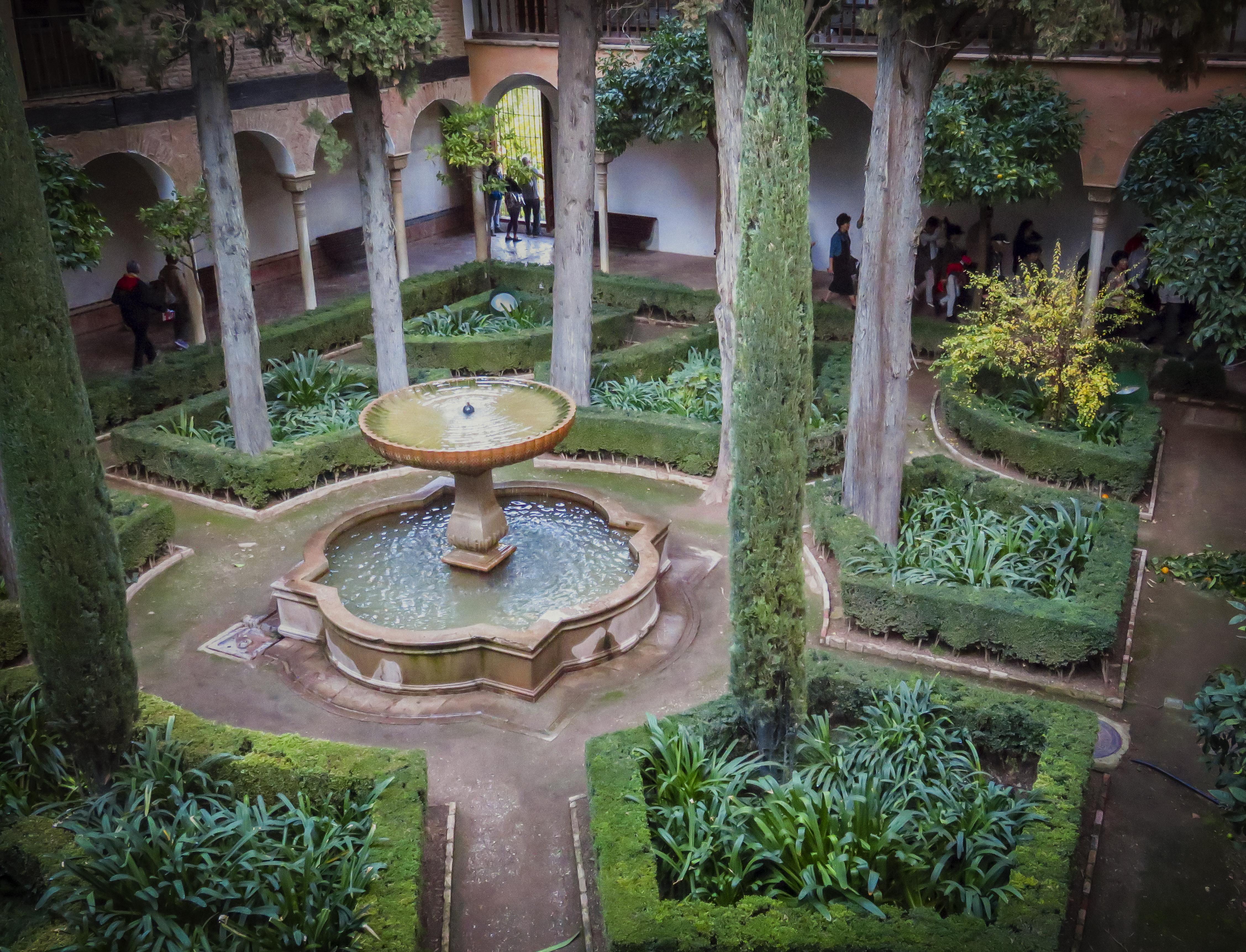Hintergrundbilder : Landschaft, Bunt, Wasser, Gras, Pflanzen, Grün,  Spanien, Sträuche, Teich, Laub, Brunnen, Frieden, Hinterhof, Granada,  Alhambra, ...