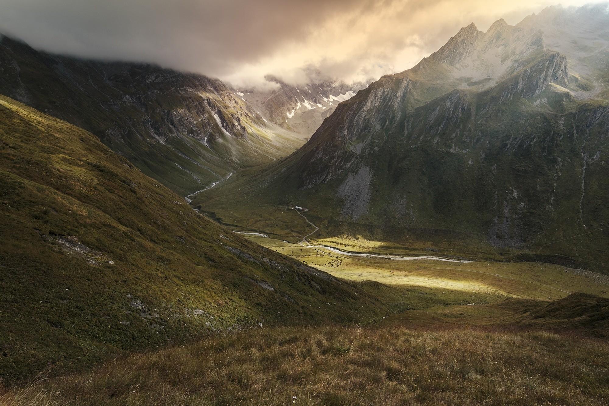 расскажем фото горная долина природа петров бизнесмен