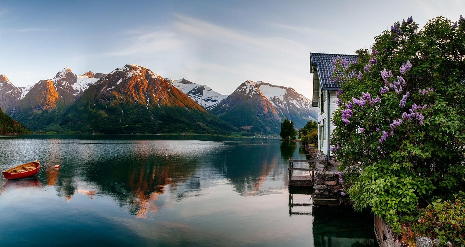 fond d 39 cran paysage montagnes bateau mer fleurs lac eau la nature r flexion maison. Black Bedroom Furniture Sets. Home Design Ideas
